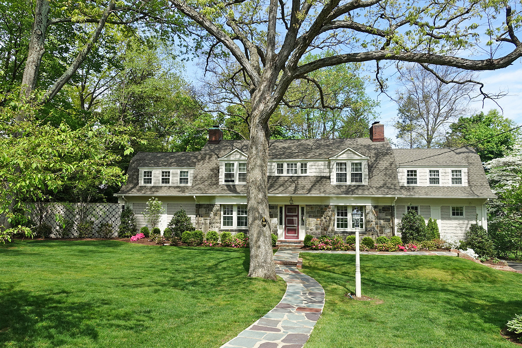 single family homes for Sale at True Chatham Gem 184 Washington Avenue, Chatham, New Jersey 07928 United States