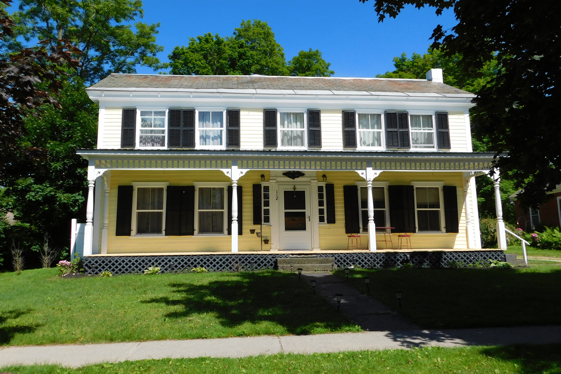 Single Family Homes for Sale at 112 North Main Street, Wallingford 112 North Main St Wallingford, Vermont 05773 United States