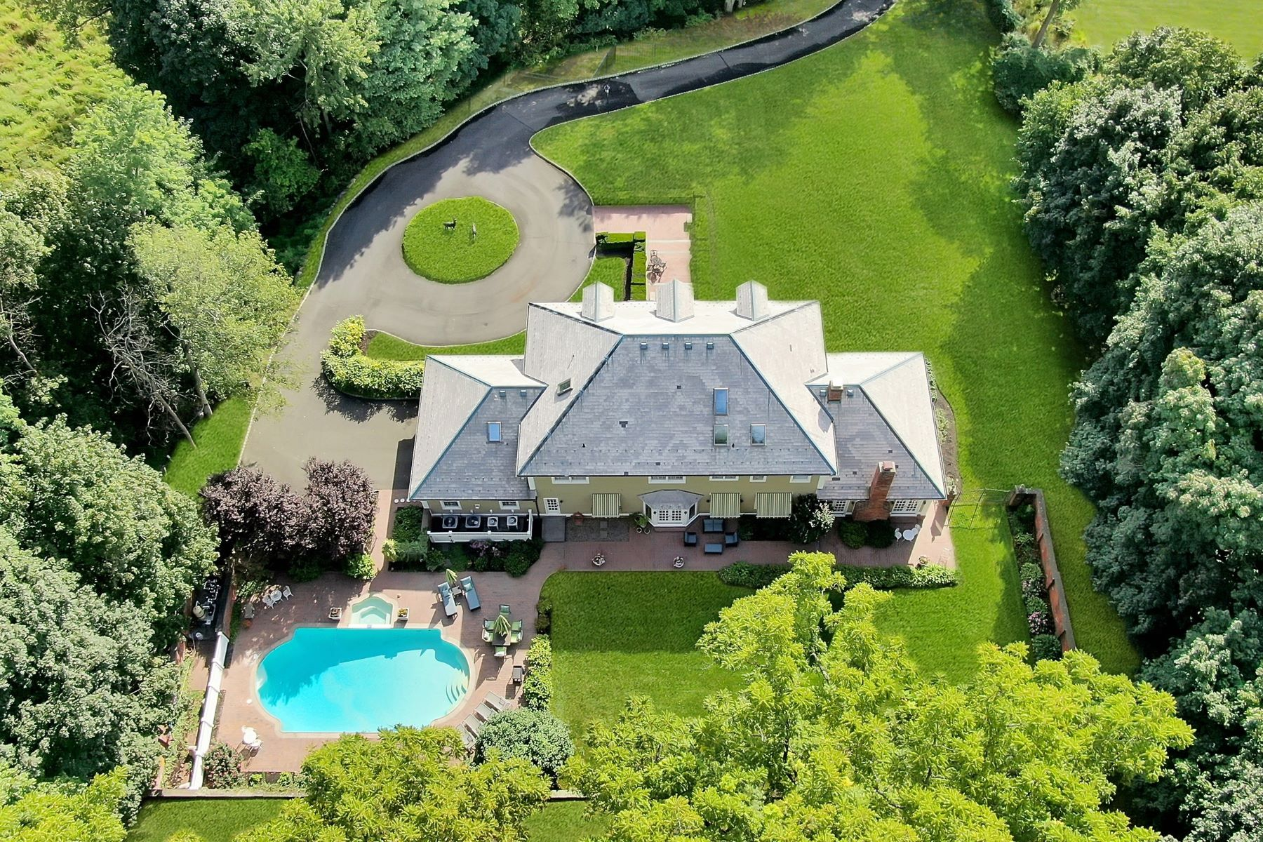 Single Family Homes for Active at Walnut Hill 540 North Broadway Upper Nyack, New York 10960 United States