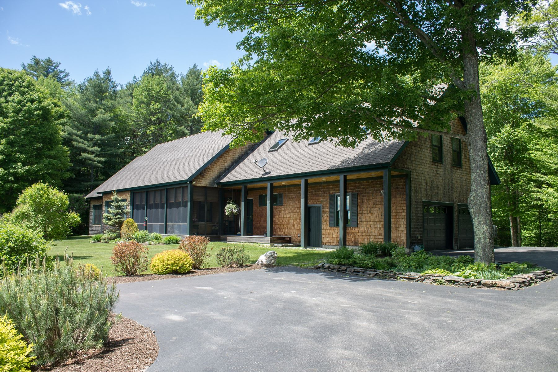 Single Family Homes for Sale at Three Bedroom Contemporary in Brookfield 661 Kibbee Rd Brookfield, Vermont 05036 United States