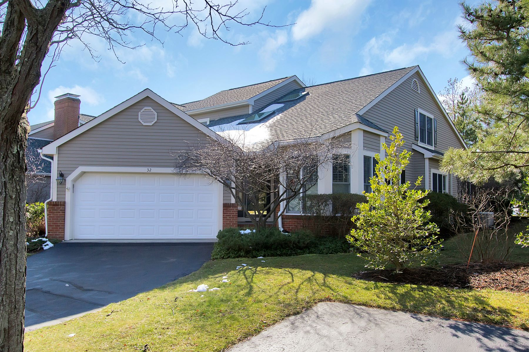 Condominium for Sale at Alderbrook 32 Peach Tree Lane Little Silver, New Jersey, 07739 United States