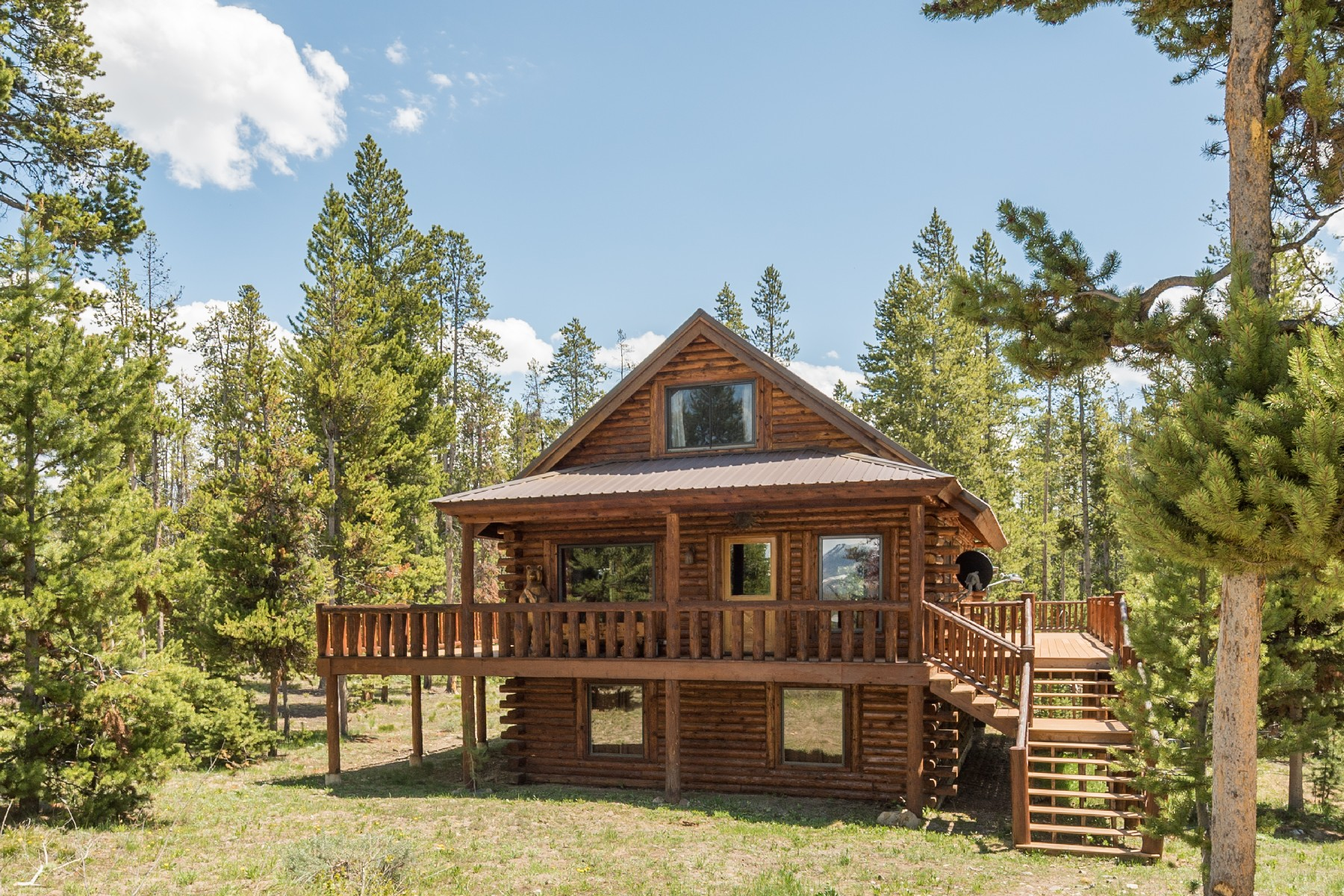 Single Family Home for Sale at Smiley Creek Seclusion 213 Skyline Dr Stanley, Idaho 83278 United States