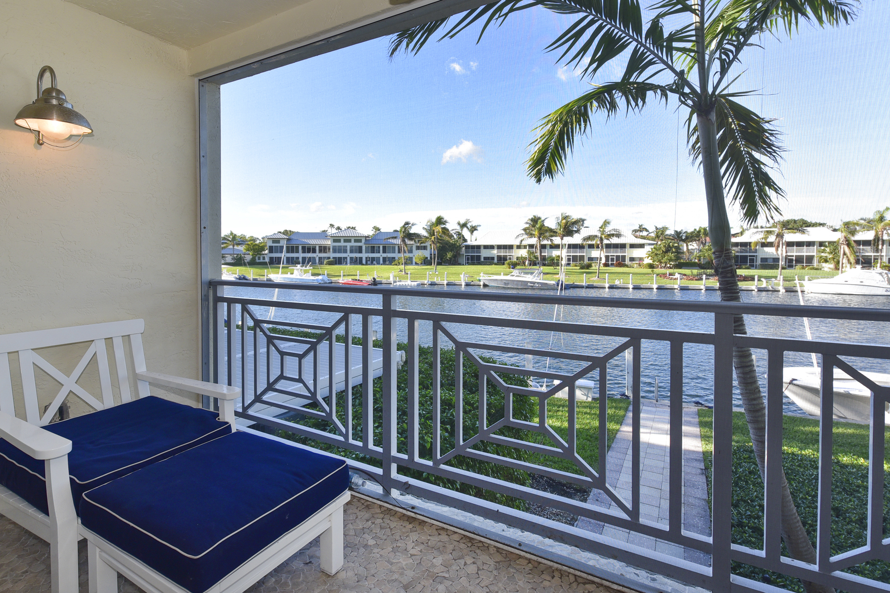 コンドミニアム のために 売買 アット Waterfront Condominium at Ocean Reef 18 Marlin Lane, Unit A, Ocean Reef Community, Key Largo, フロリダ, 33037 アメリカ合衆国
