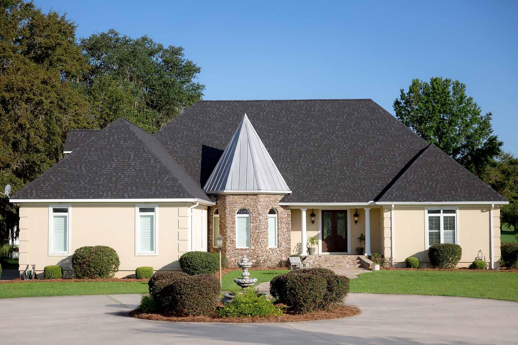 단독 가정 주택 용 매매 에 Gorgeous Golf Course Residence 120 Crooked Oak Lane Colquitt, 조지아 39837 미국