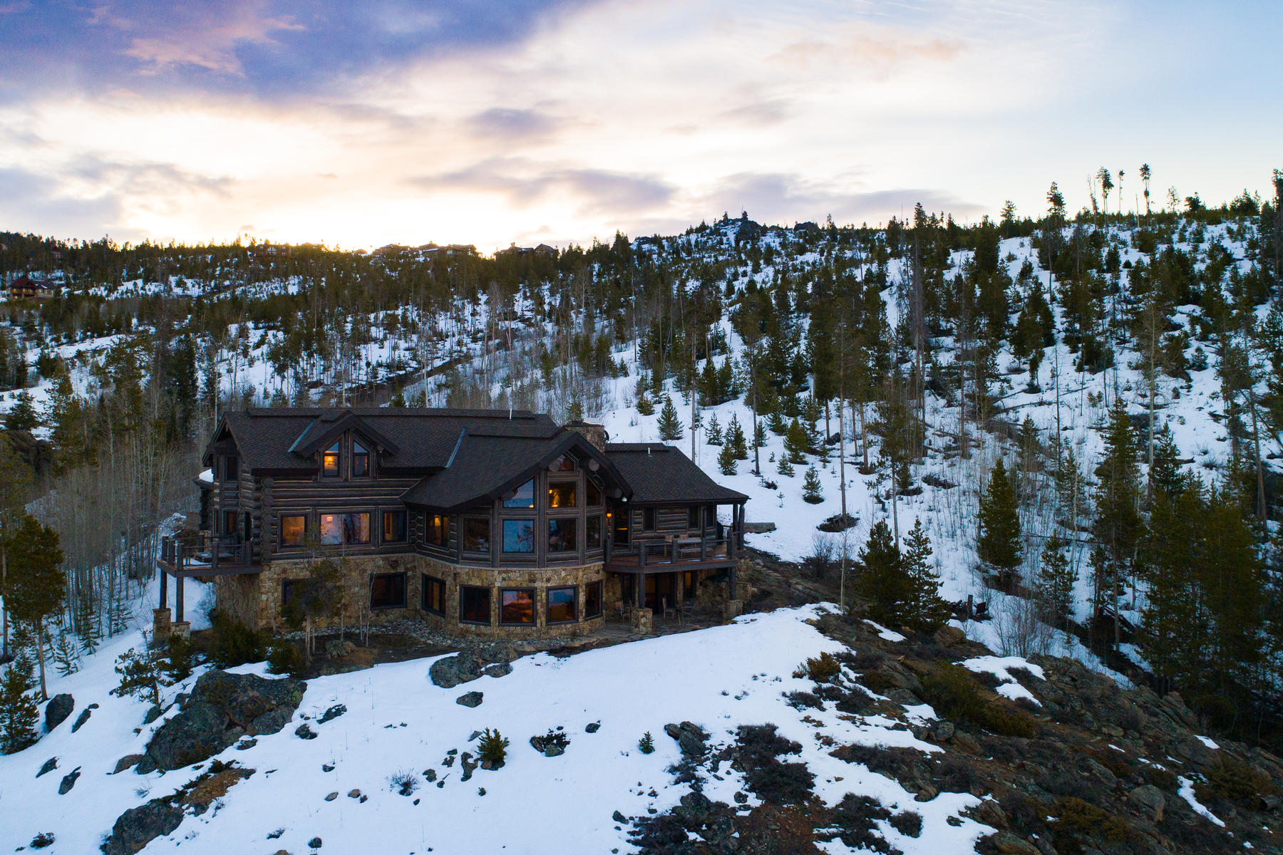 Single Family Homes for Sale at Custom Lake Granby log home blends high-end designer finishes 200 County Road 6420/Hummingbird Ln, Grand Lake, Colorado 80447 United States