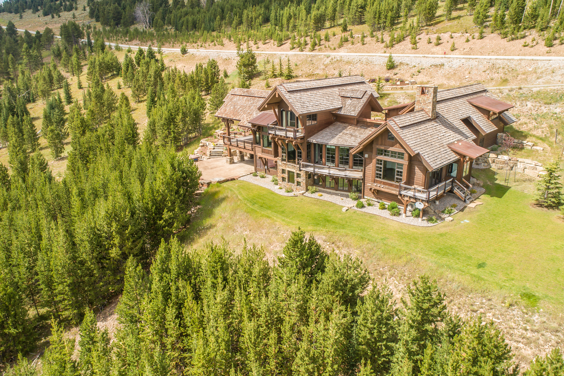 Single Family Homes для того Продажа на Yellowstone Club Home 77 Travertine Road, Big Sky, Монтана 59716 Соединенные Штаты