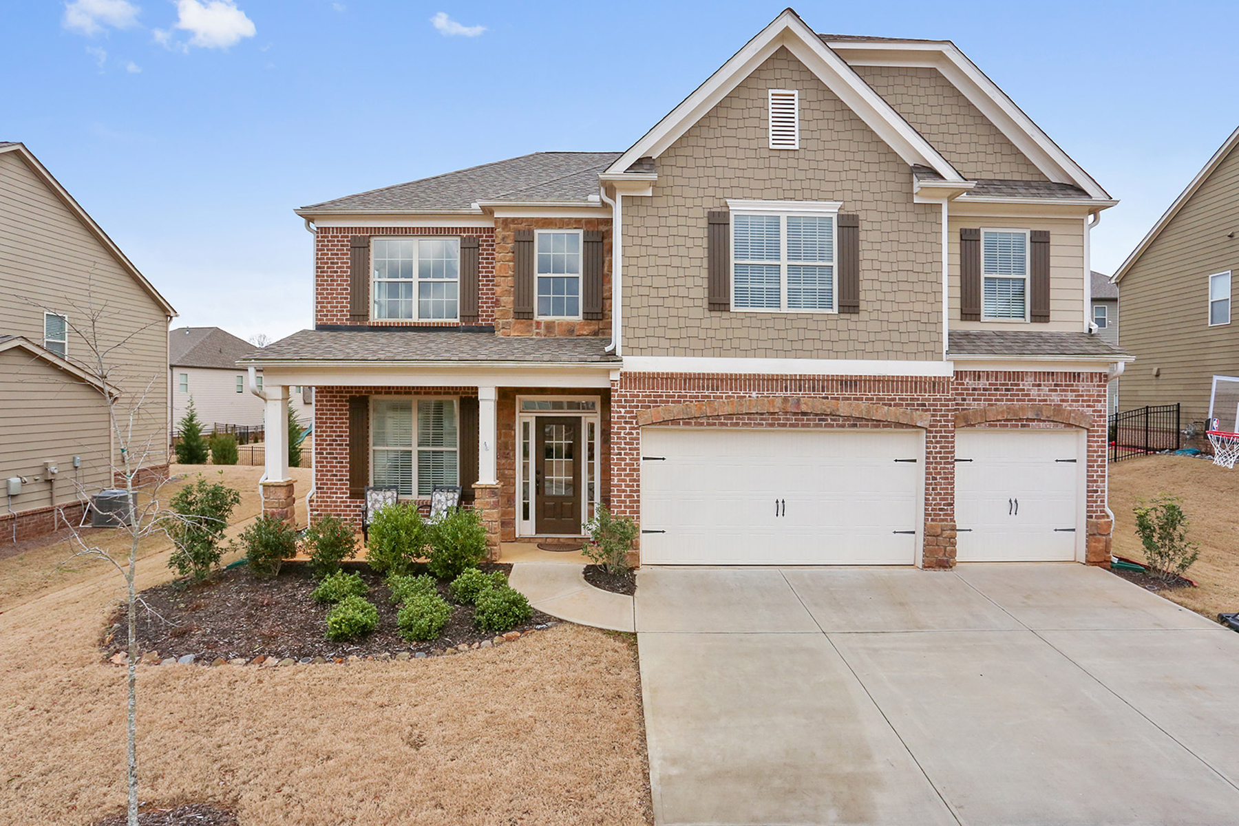 Single Family Home for Sale at Spacious Open Concept Home In West Forsyth 7410 Oldbury Place Cumming, Georgia 30040 United States