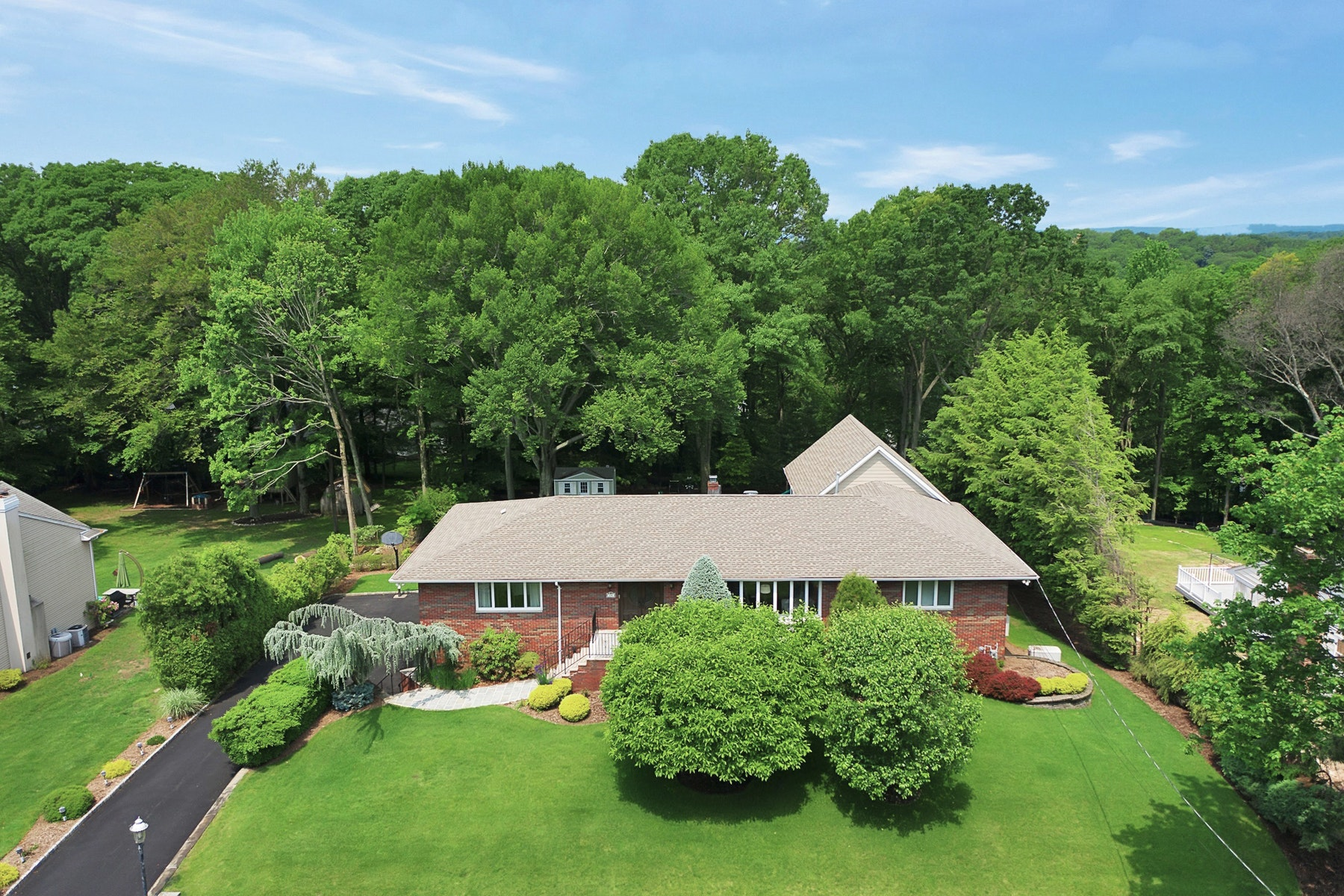 Single Family Homes for Sale at House Beautiful 296 Briarwood Drive Wyckoff, New Jersey 07481 United States