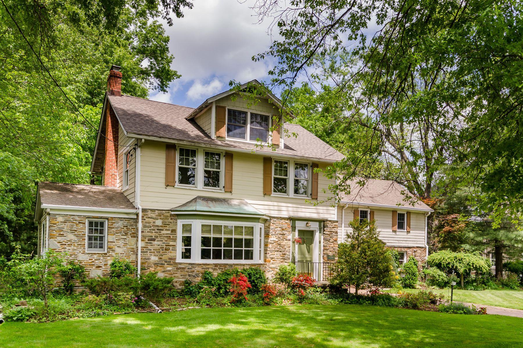 Tek Ailelik Ev için Satış at Gracious, Elegant With Income Potential 9-11 East Curlis Avenue, Pennington, New Jersey 08534 Amerika Birleşik DevletleriIn/Etrafında: Pennington Borough