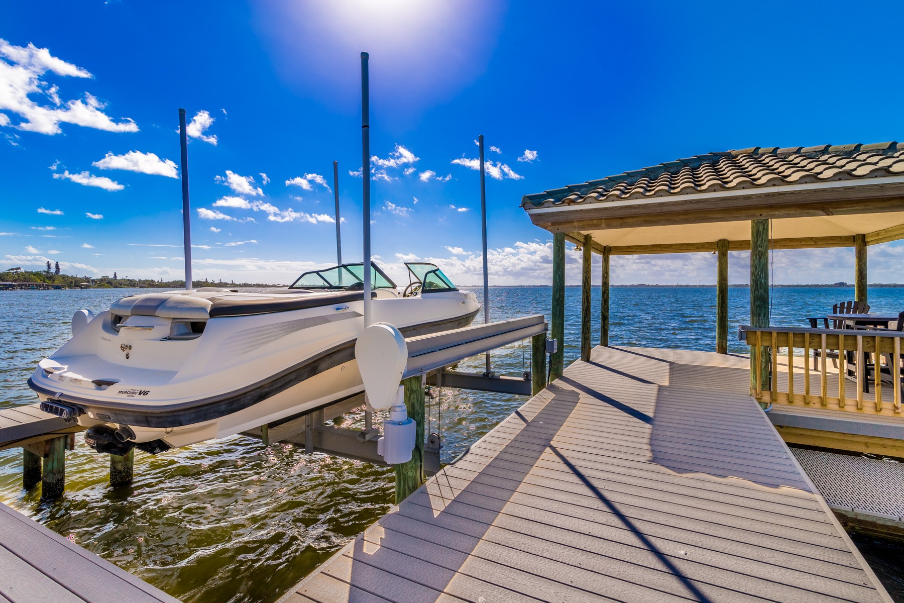 Additional photo for property listing at Spectacular Riverfront Home in Sunset Shores 200 Riverside Drive Melbourne Beach, Florida 32951 United States