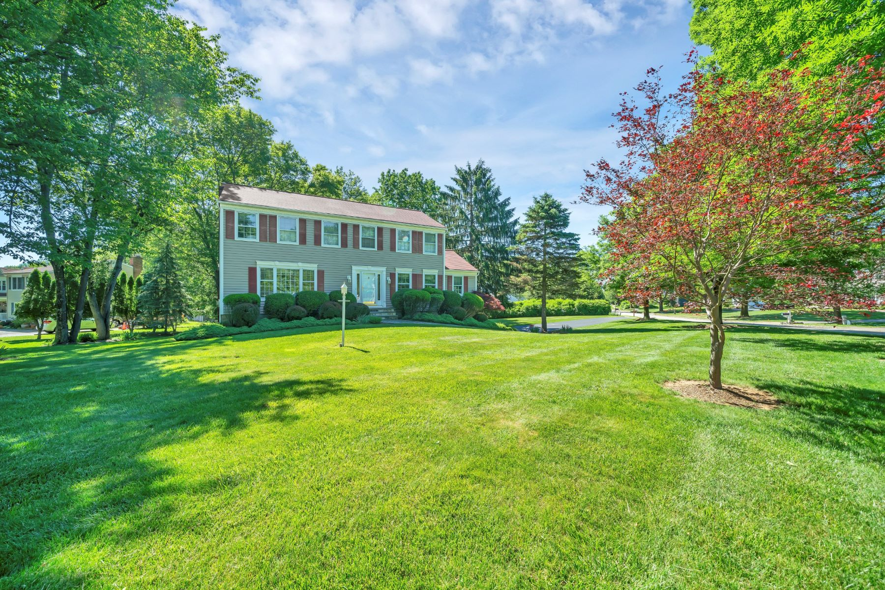 Single Family Homes for Active at Pride in Ownership 1 Walnut Drive Long Valley, New Jersey 07853 United States