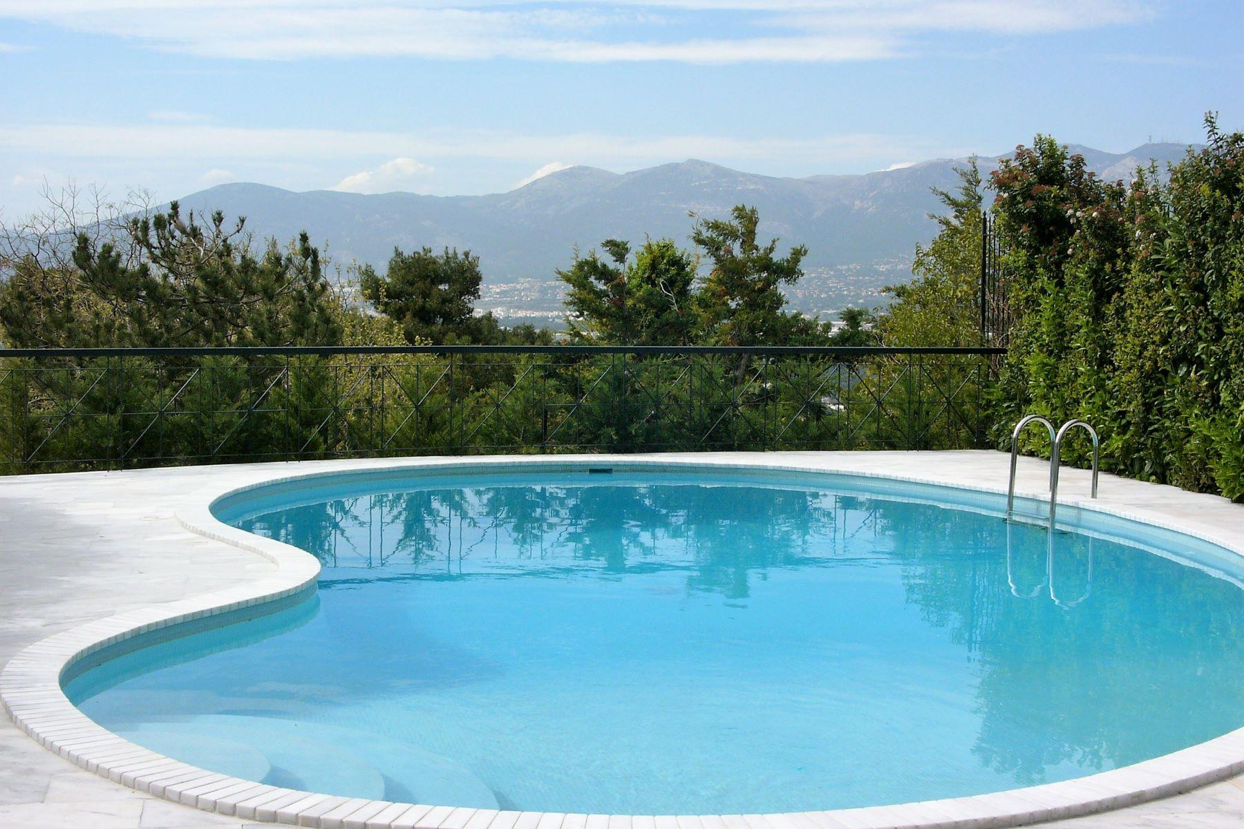 Single Family Homes για την Πώληση στο Αθήνα, Αττικη Ελλάδα