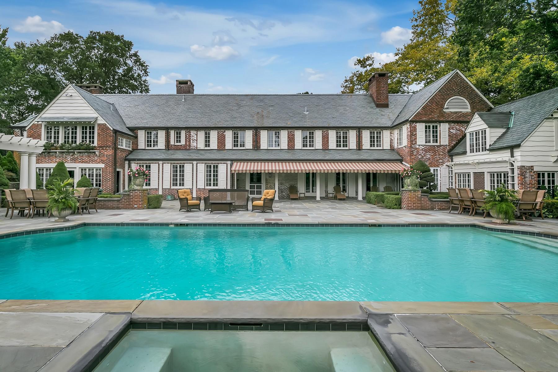 Single Family Homes por un Venta en Architectural Masterpiece in Sought-After Location 7 Somerset Drive Rumson, Nueva Jersey 07760 Estados Unidos