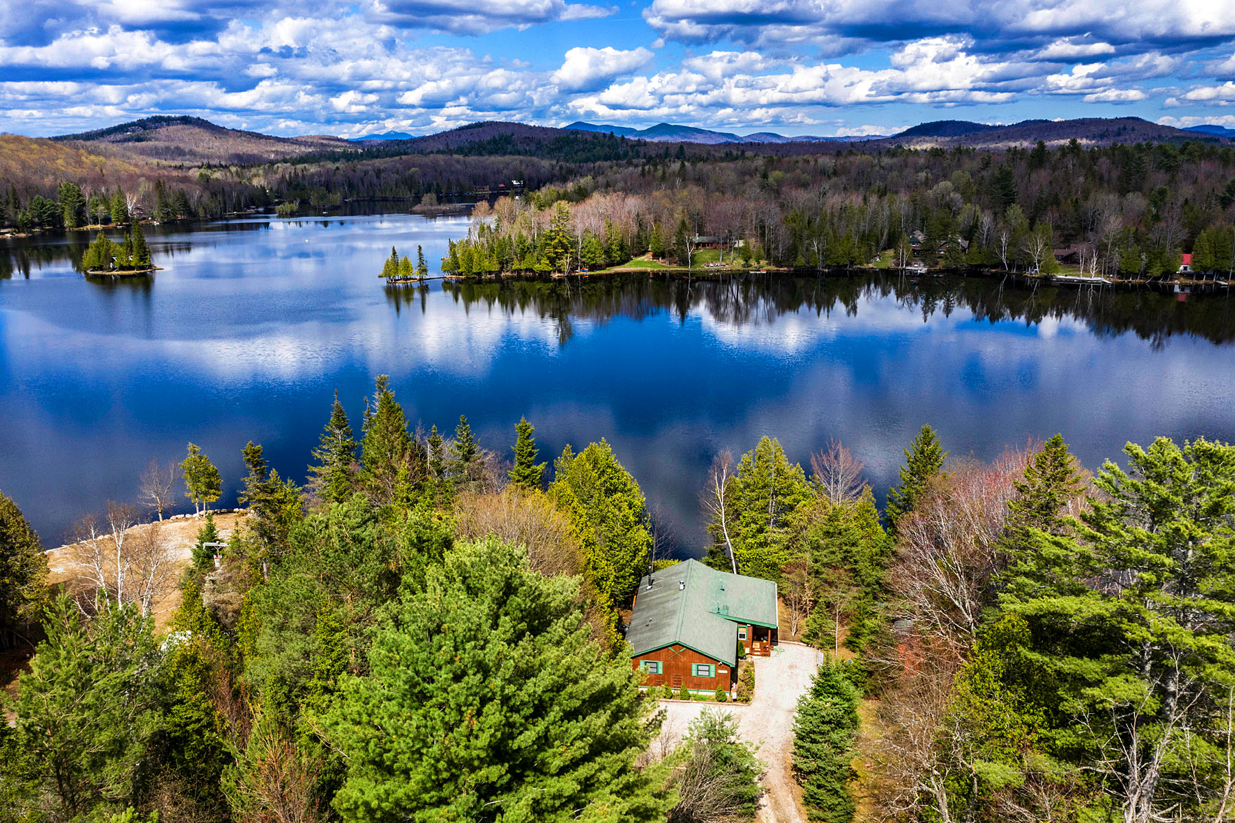 Single Family Homes for Active at 107 Conifer Drive Indian Lake, New York 12842 United States