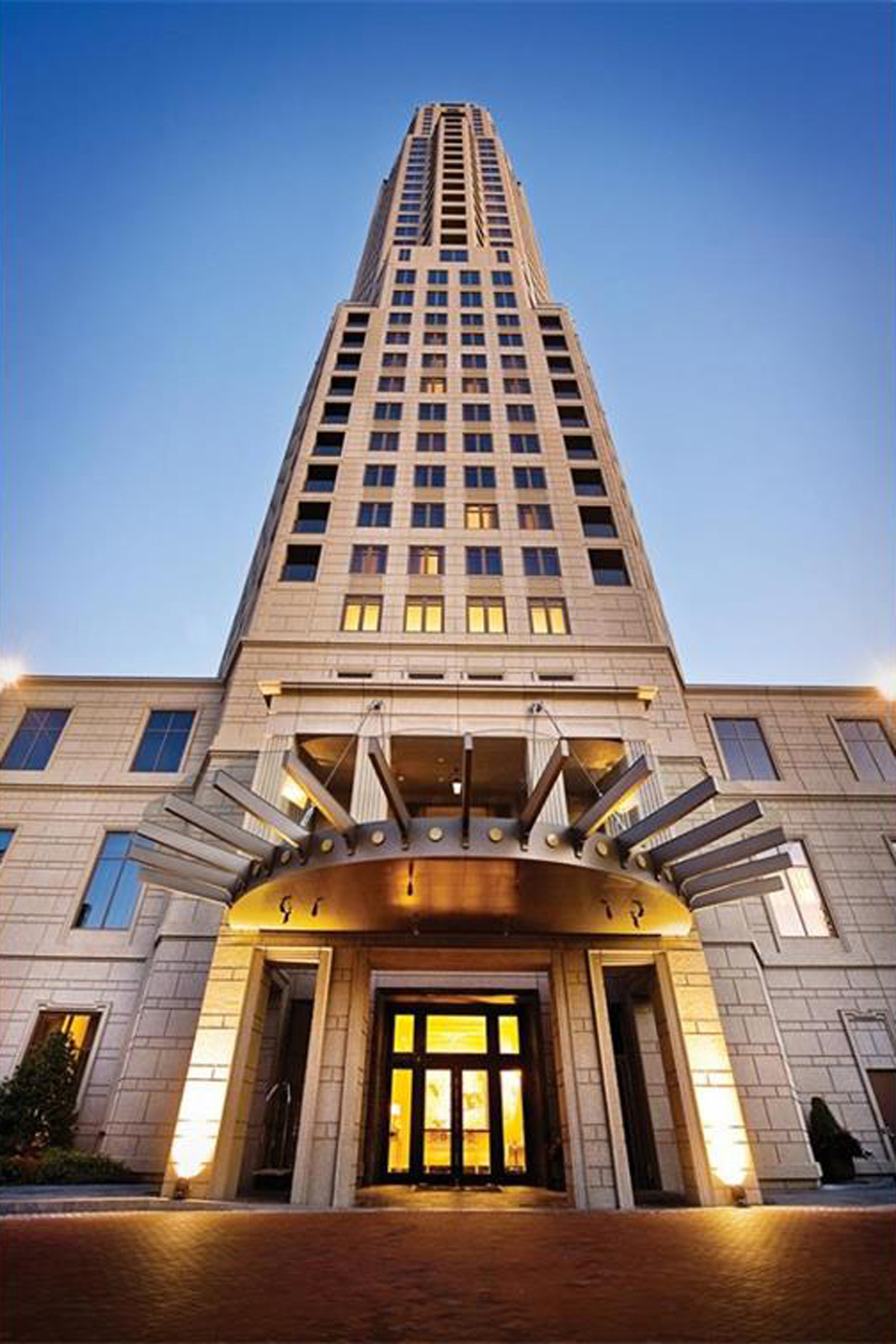Nhà chung cư vì Bán tại The Mandarin Oriental Residences 3376 Peachtree Road NE Unit 45A Atlanta, Georgia, 30326 Hoa Kỳ