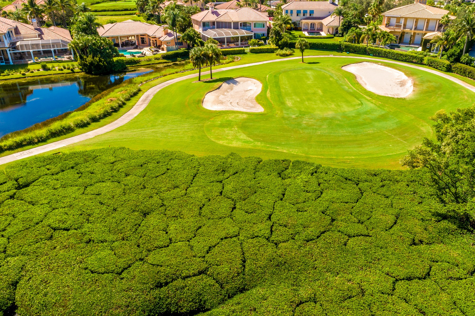 Additional photo for property listing at Direct Riverfront New Construction 4840 S Harbor Drive Vero Beach, Florida 32967 United States
