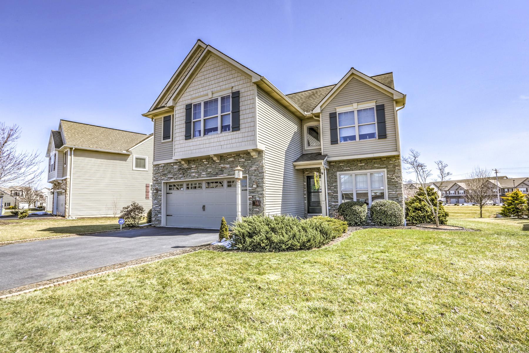 独户住宅 为 销售 在 Clearview Gardens 14 Meadow Drive 埃弗拉塔, 宾夕法尼亚州 17522 美国