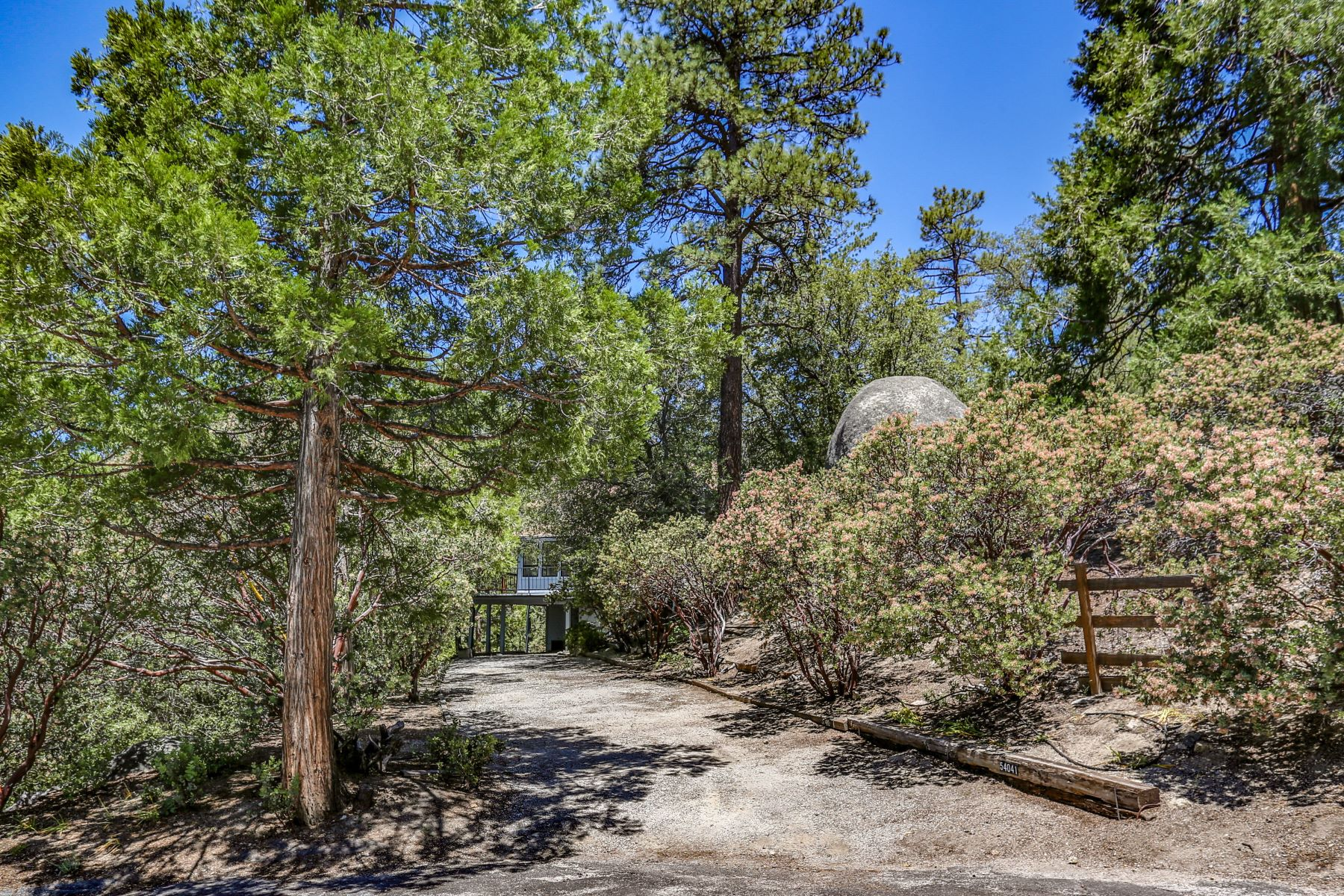 Single Family Homes for Sale at 54041 Northridge Dr Idyllwild, California 92549 United States