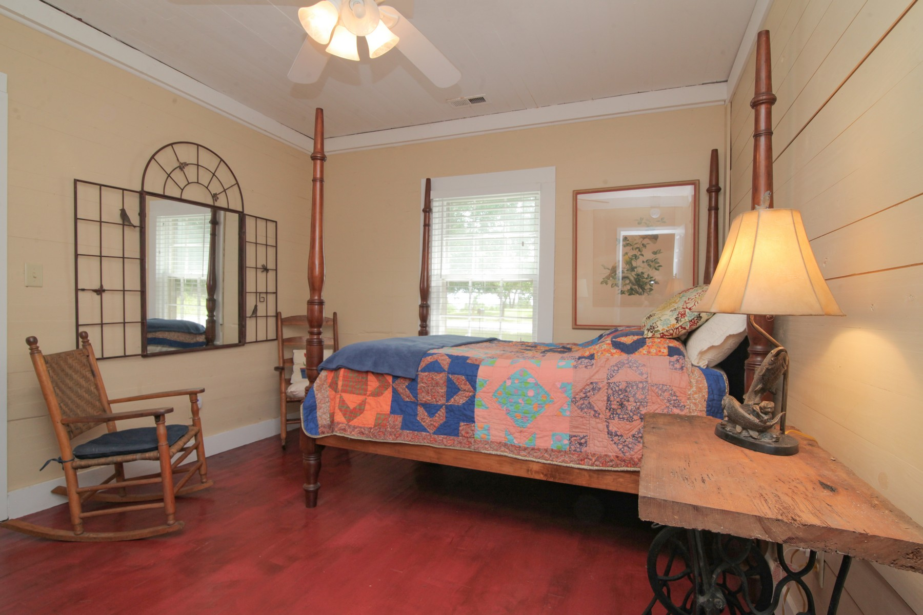 Additional photo for property listing at 15 Big Level Road, Mill Spring  Mill Spring, North Carolina 28756 United States