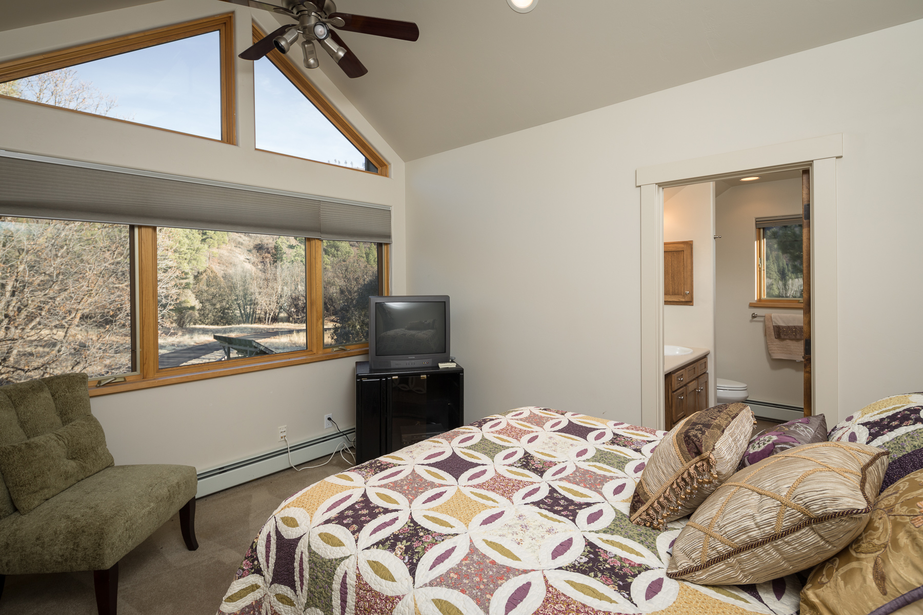 Additional photo for property listing at 957 Elkhorn Mountain 957 Elkhorn Mountain Road Durango, Colorado 81301 United States