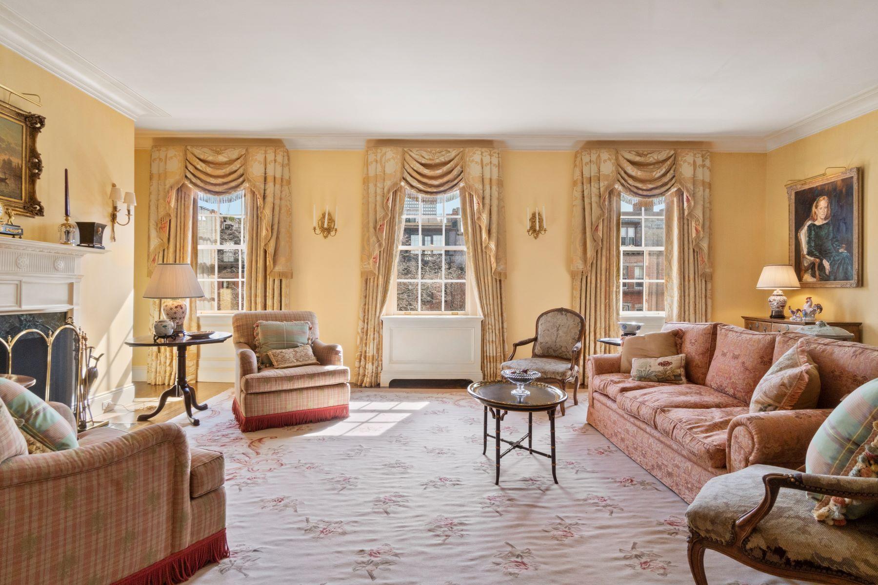 Co-op Properties por un Venta en 388 Beacon Street - Unit 3 Boston, Massachusetts 02116 Estados Unidos