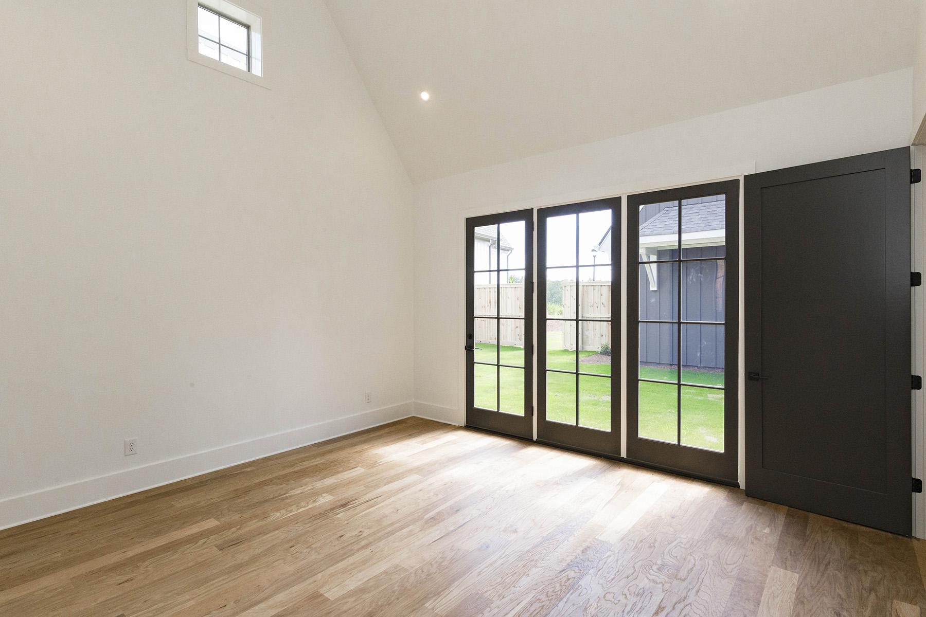 Additional photo for property listing at New Construction Courtyard Home in Newnan- Foxglove Plan 45 Arbor Garden Circle, Newnan, Georgië 30265 Verenigde Staten