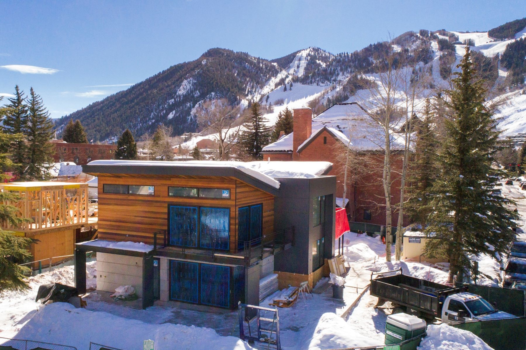 Tek Ailelik Ev için Satış at New Construction in the Quiet Core 203 E. Hallam Street West End, Aspen, Colorado, 81611 Amerika Birleşik Devletleri