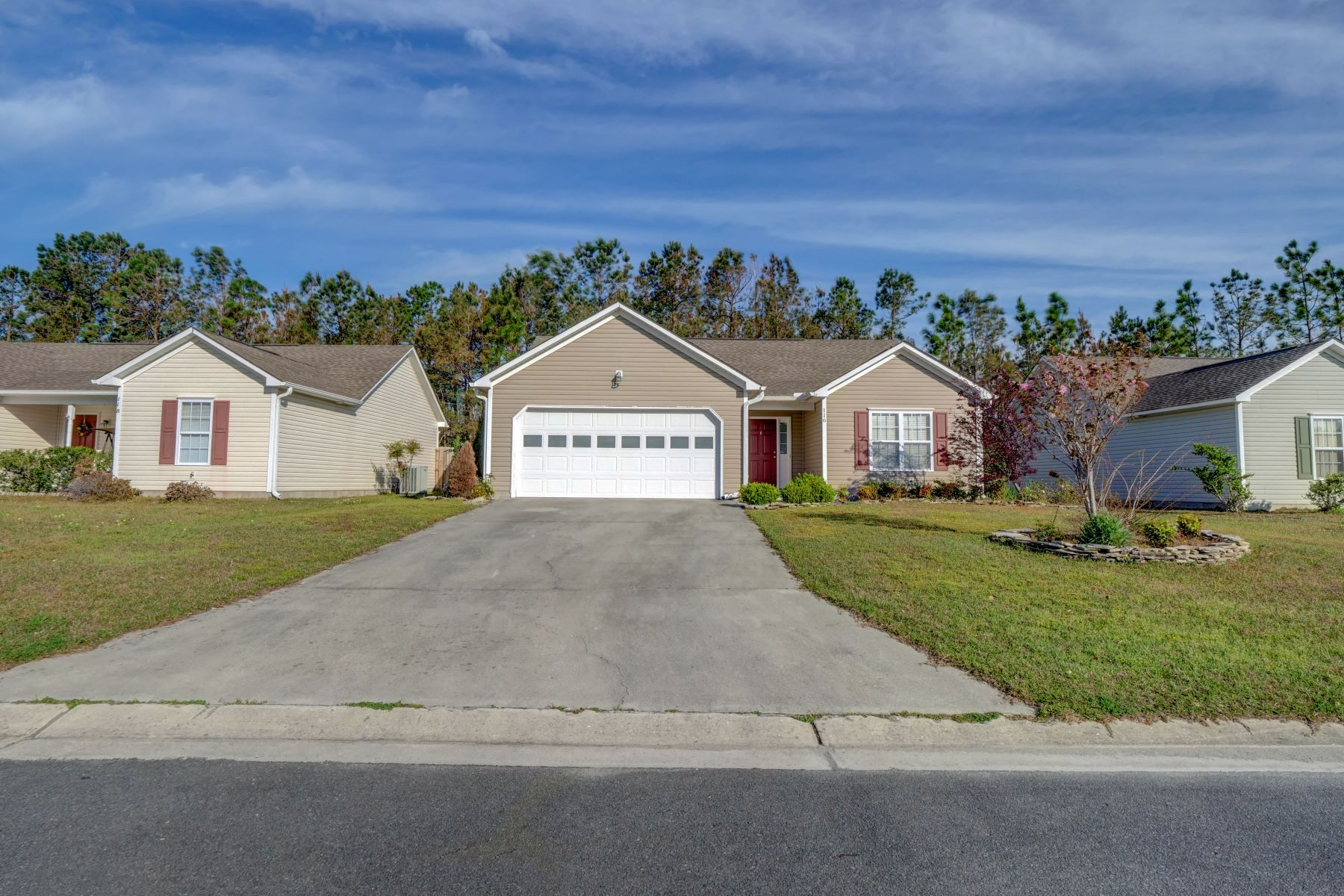 Single Family Home for Active at Charming Home with Private Fenced in Yard 116 Belvedere Drive Holly Ridge, North Carolina 28445 United States