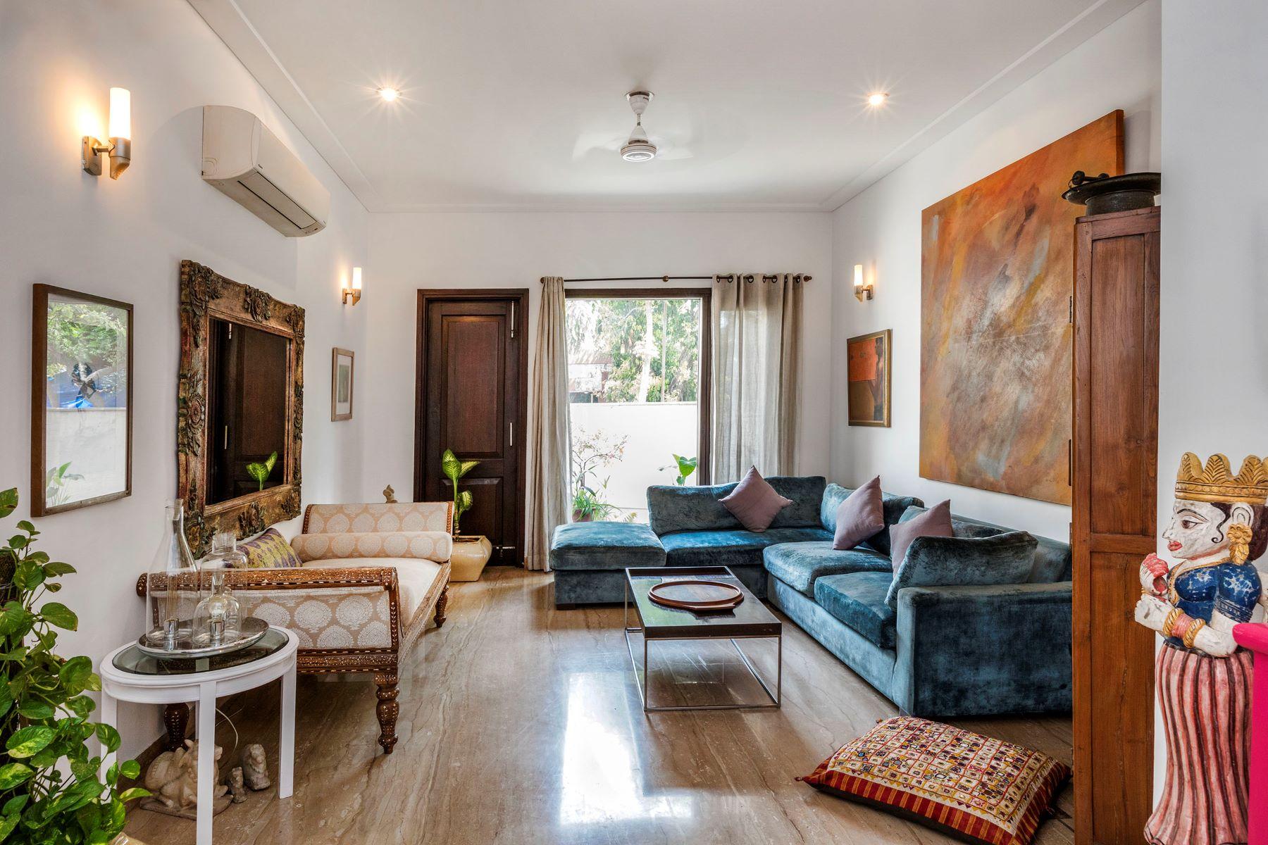 复式单位 为 销售 在 Panchsheel - A Radiant Residence Panchsheel Enclave 新德里, 德里, 110017 印度