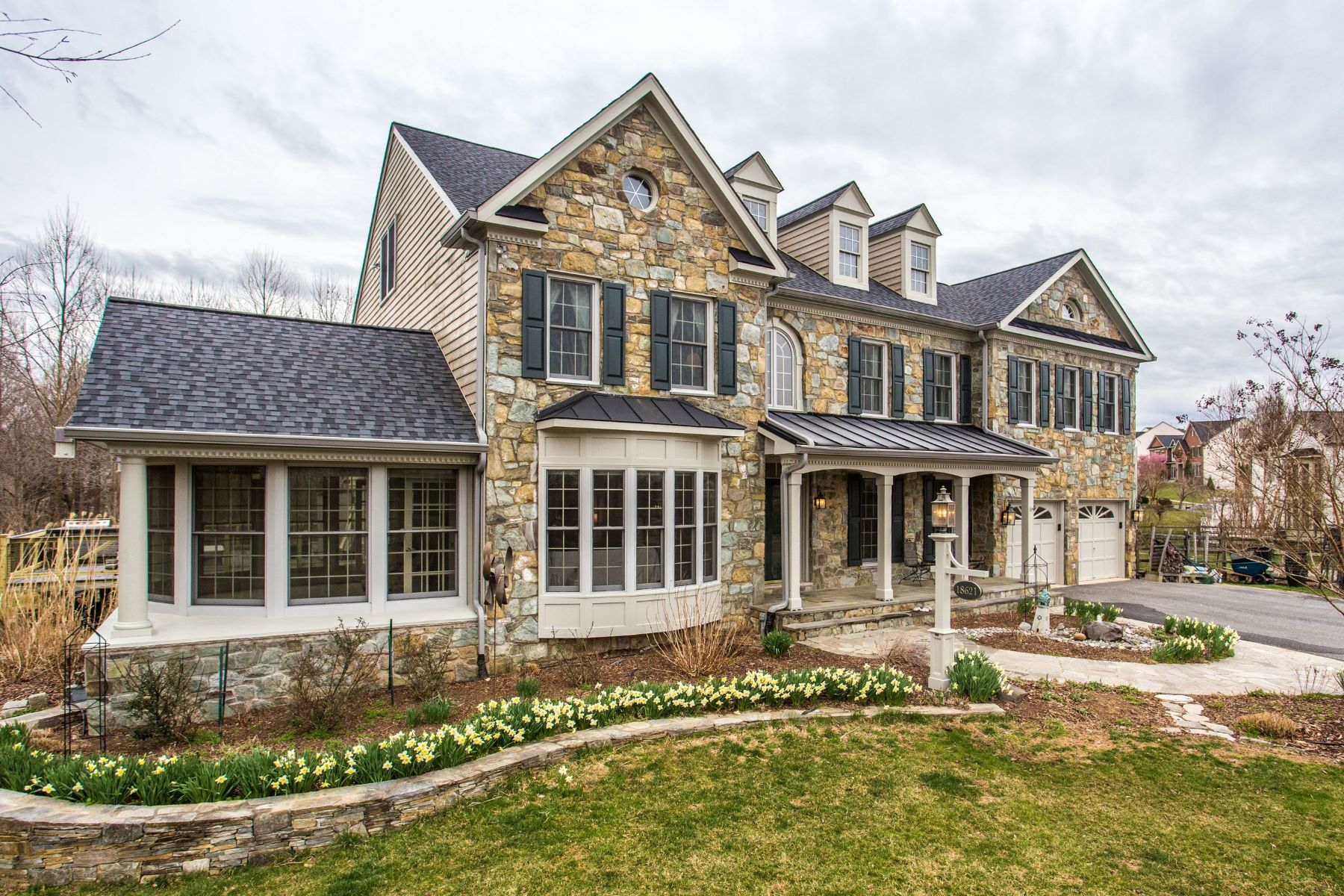 single family homes for Active at Kings Crossing 18621 Thundercloud Road Boyds, Maryland 20841 United States