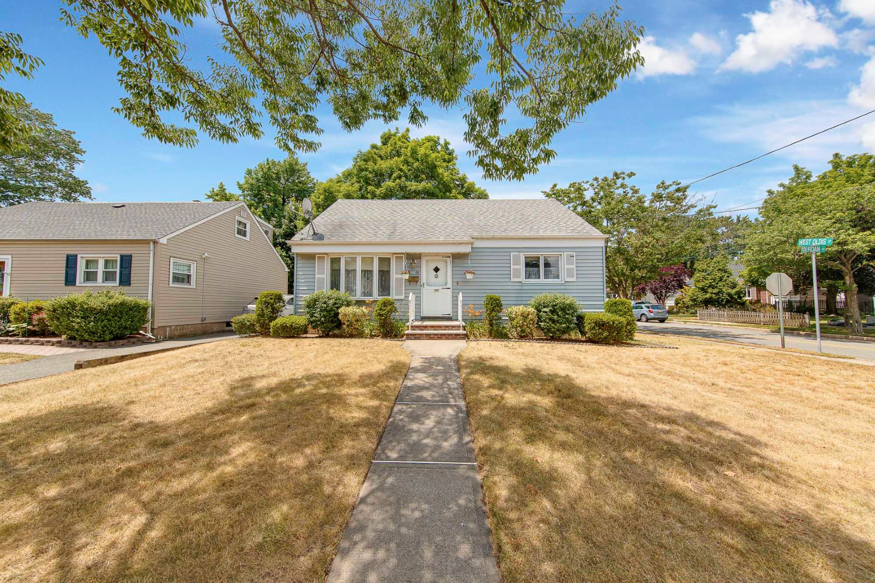 Single Family Homes for Sale at Great Opportunity! 49 Berdan St, Rochelle Park, New Jersey 07662 United States
