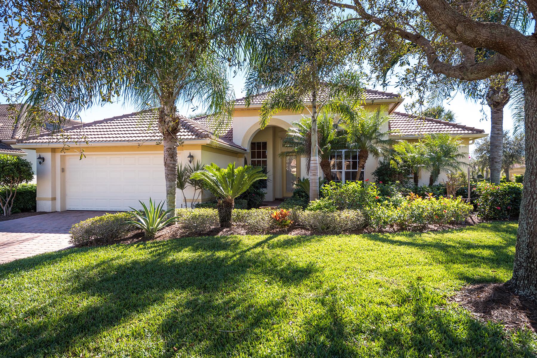 Single Family Homes のために 売買 アット COCO BAY - WINDWARD POINTE 16127 Sand Ridge Court, Fort Myers, フロリダ 33908 アメリカ