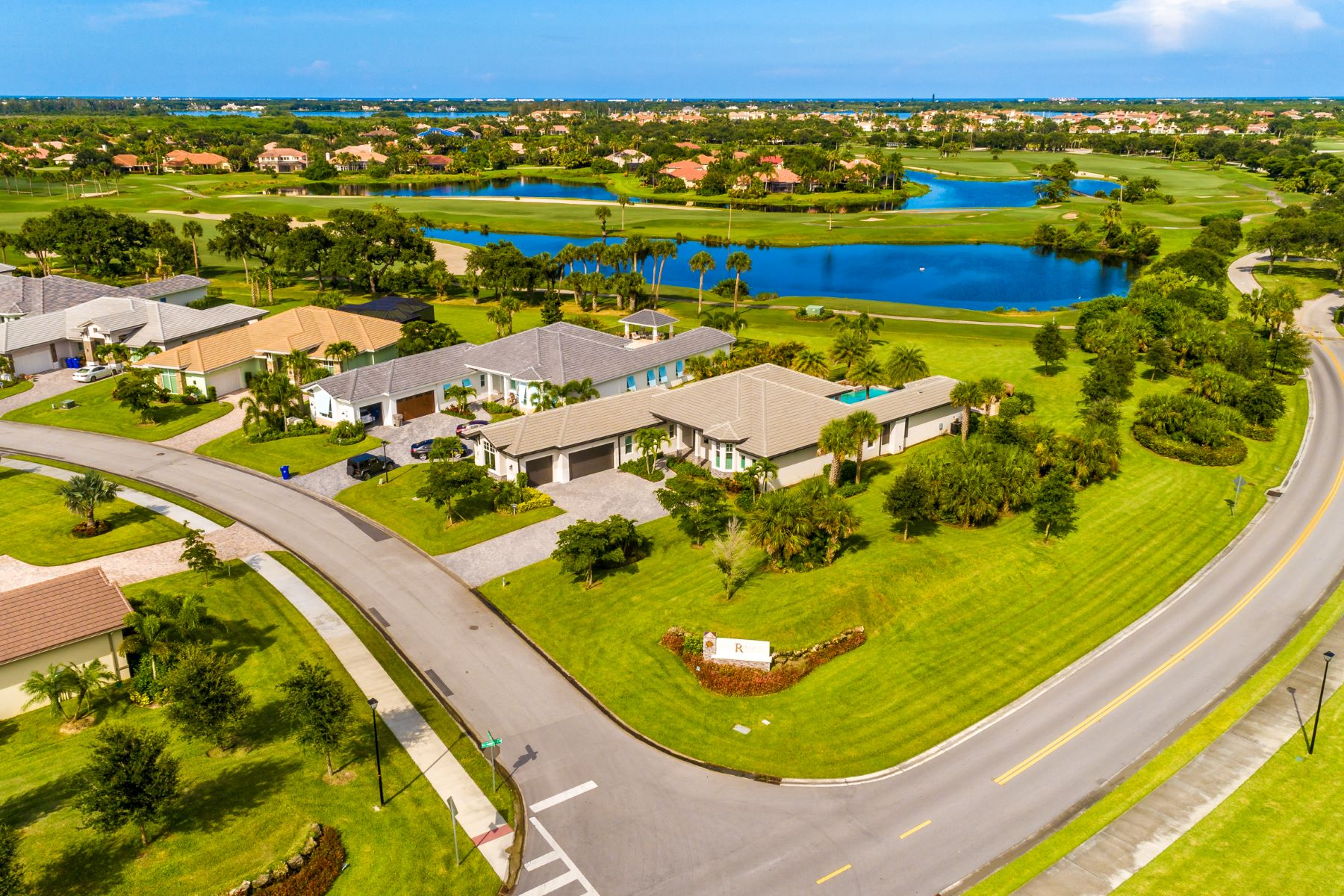 Additional photo for property listing at Luxury New Construction in Grand Harbor 2353 Grand Harbor Reserve Square Vero Beach, Florida 32967 United States