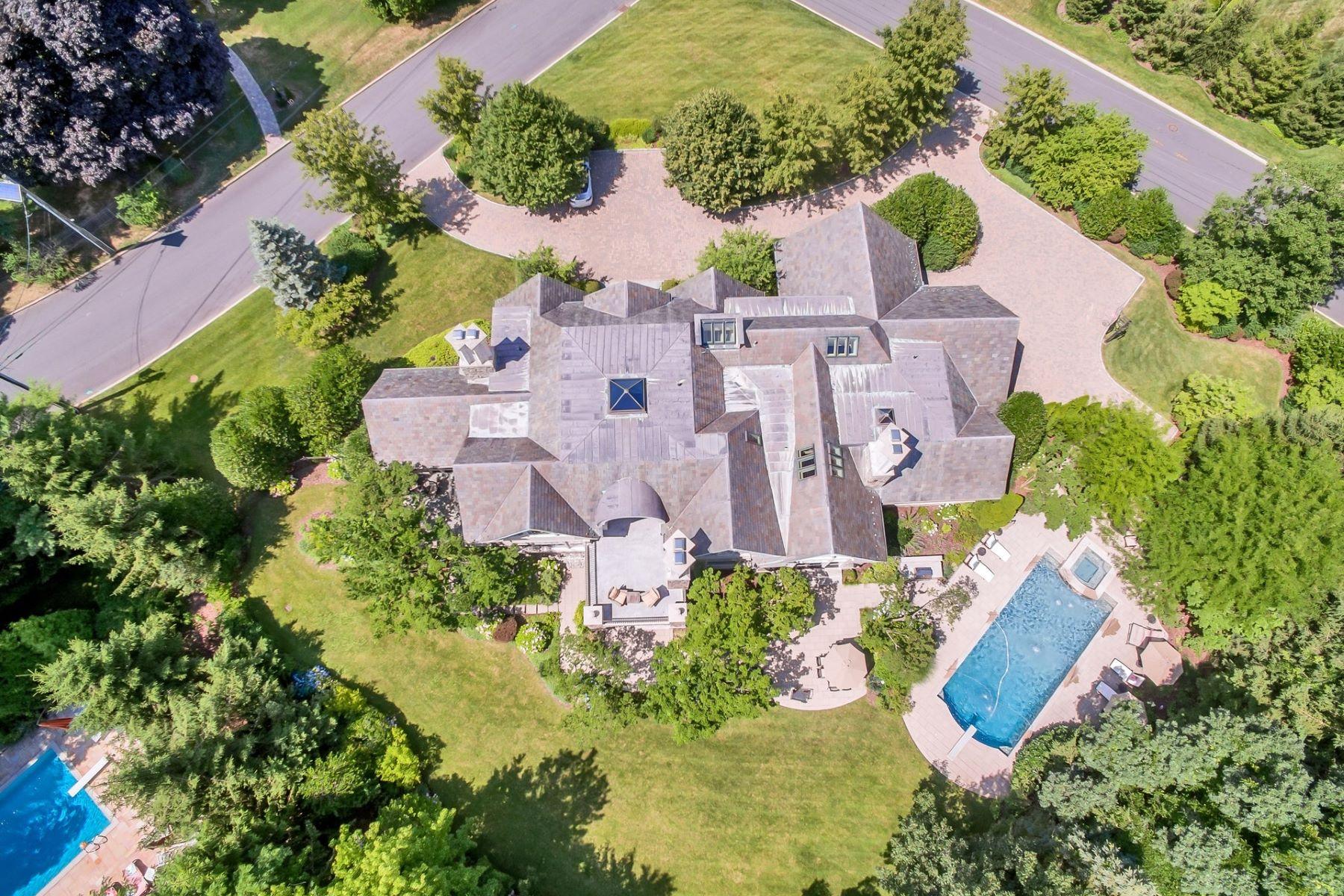 Vivienda unifamiliar por un Venta en Magnificent Stone Manor 1 Hastings Dr, Tenafly, Nueva Jersey 07670 Estados Unidos