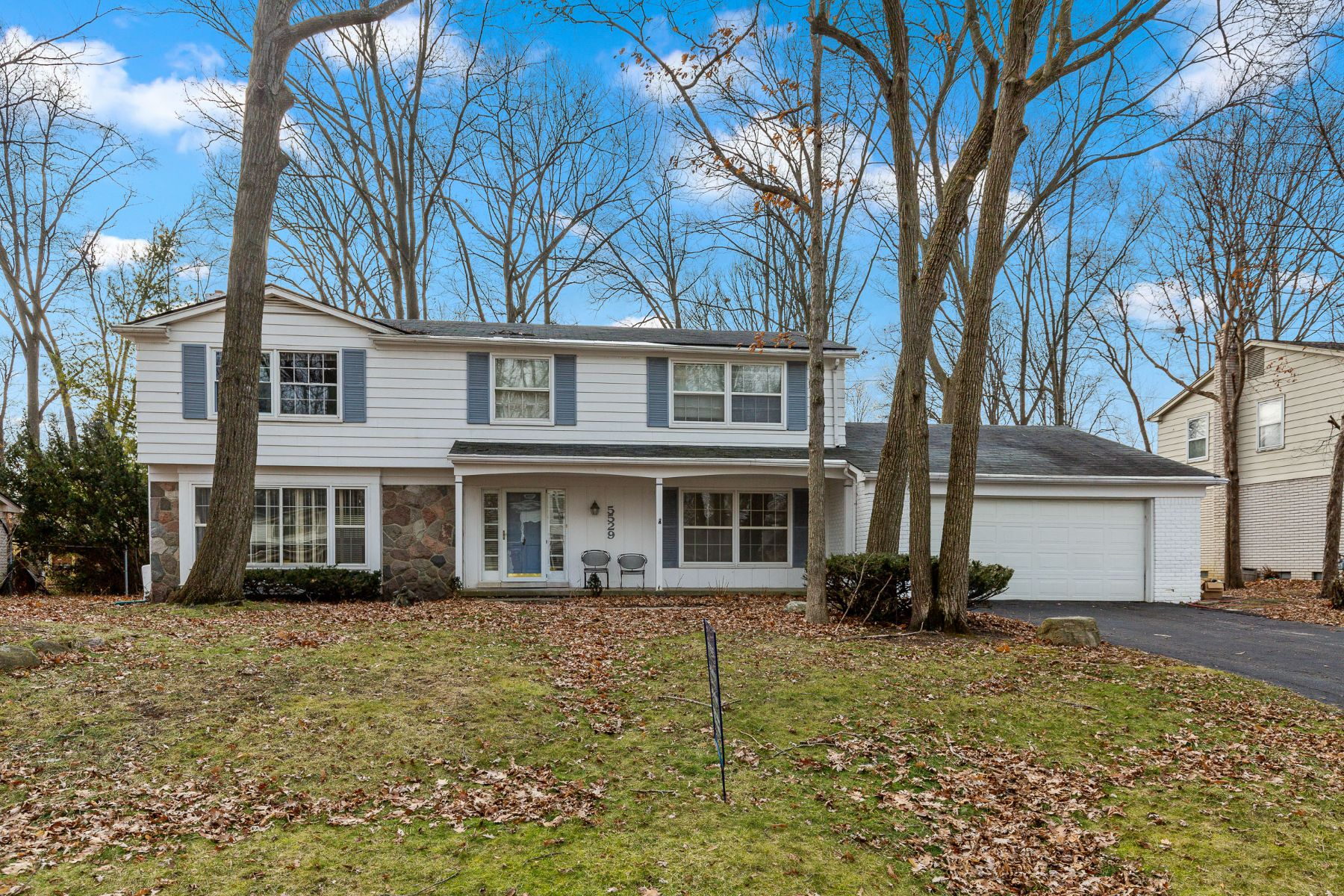 Single Family Homes for Sale at West Bloomfield 5529 Normanhurst West Bloomfield, Michigan 48322 United States