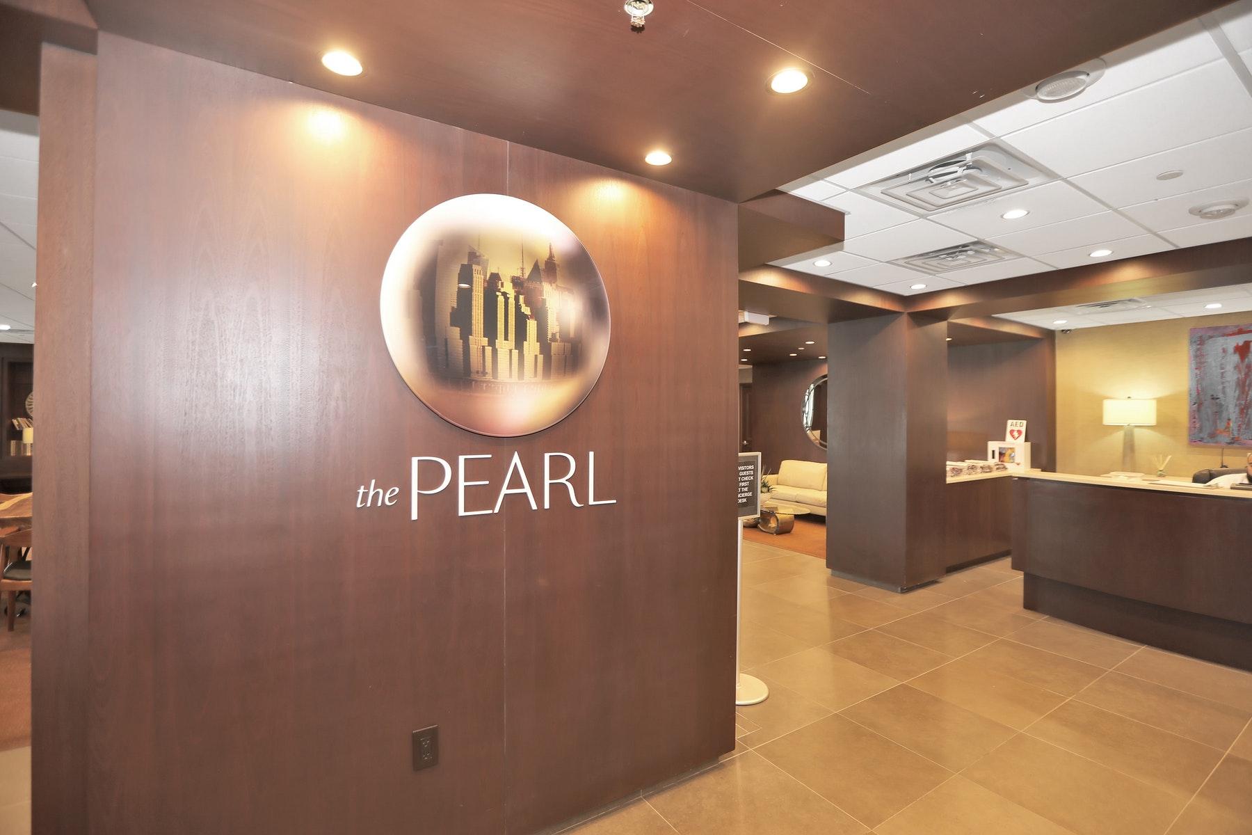 Condominiums para Venda às The Pearl 9 Somerset Lane #108-109, Edgewater, Nova Jersey 07020 Estados Unidos