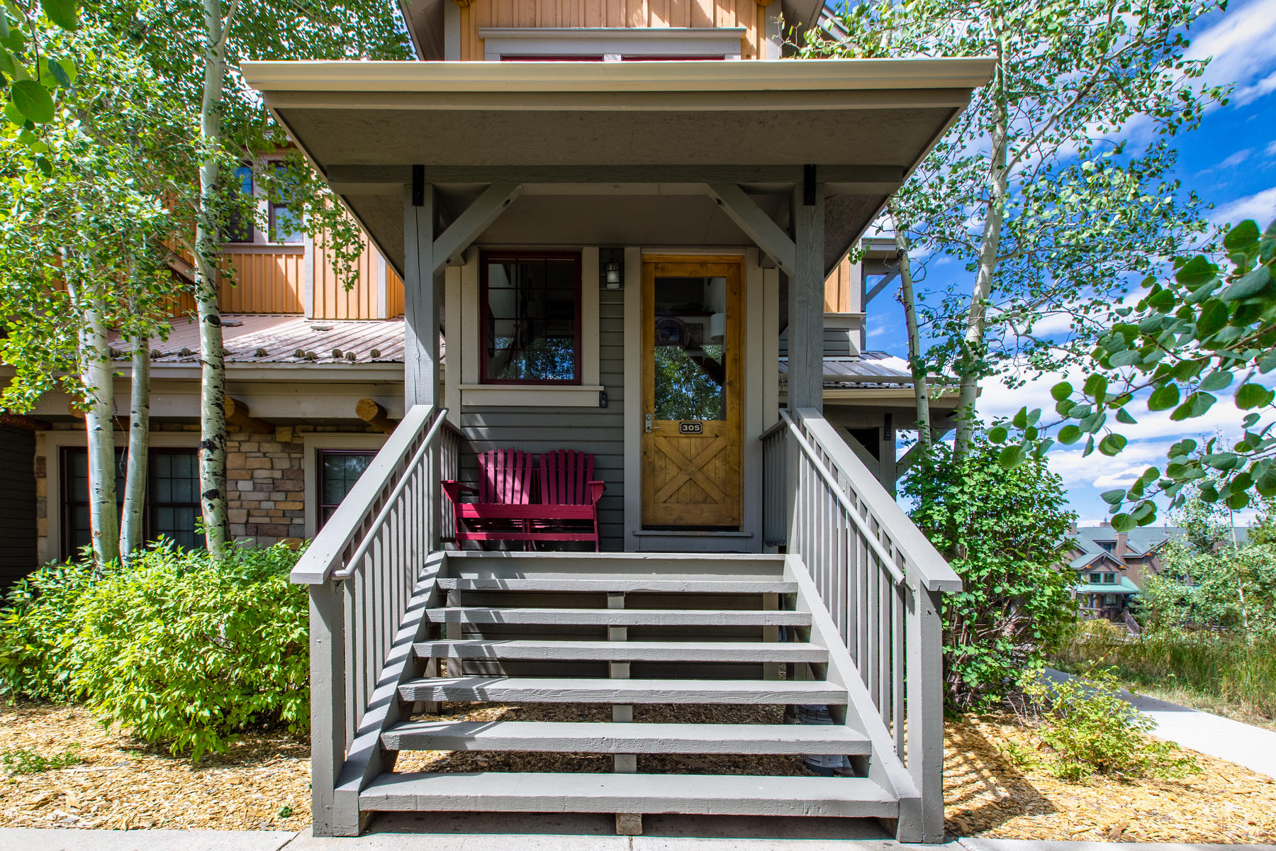 Condominiums for Sale at Amazing mountain getaway in Kicking Horse Lodges with Granby Ranch membership! 5305 N Star Trl #5-305, Bldg 5 Granby, Colorado 80446 United States