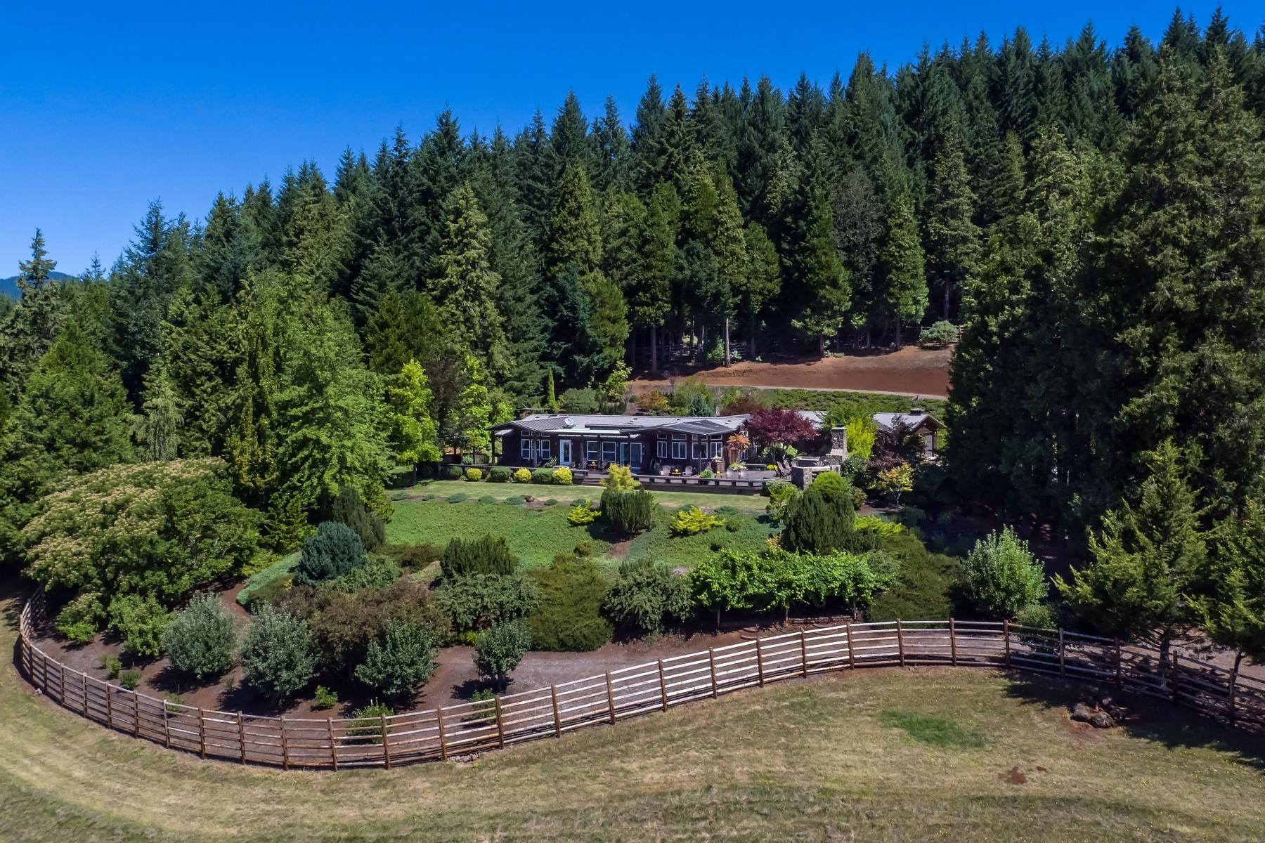 農場 / 牧場 / 種植場 為 出售 在 Majestic Thunder Ranch 77406 High Prairie Road, Oakridge, 俄勒岡州 97463 美國