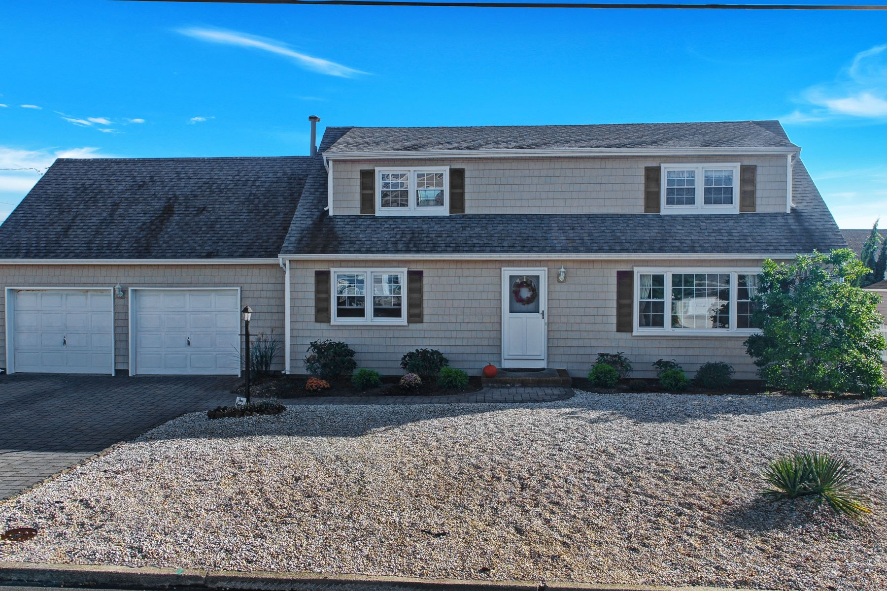 Single Family Home for Sale at Desirable Mantoloking Shores 307 Brigantine Lane, Brick, New Jersey 08738 United States