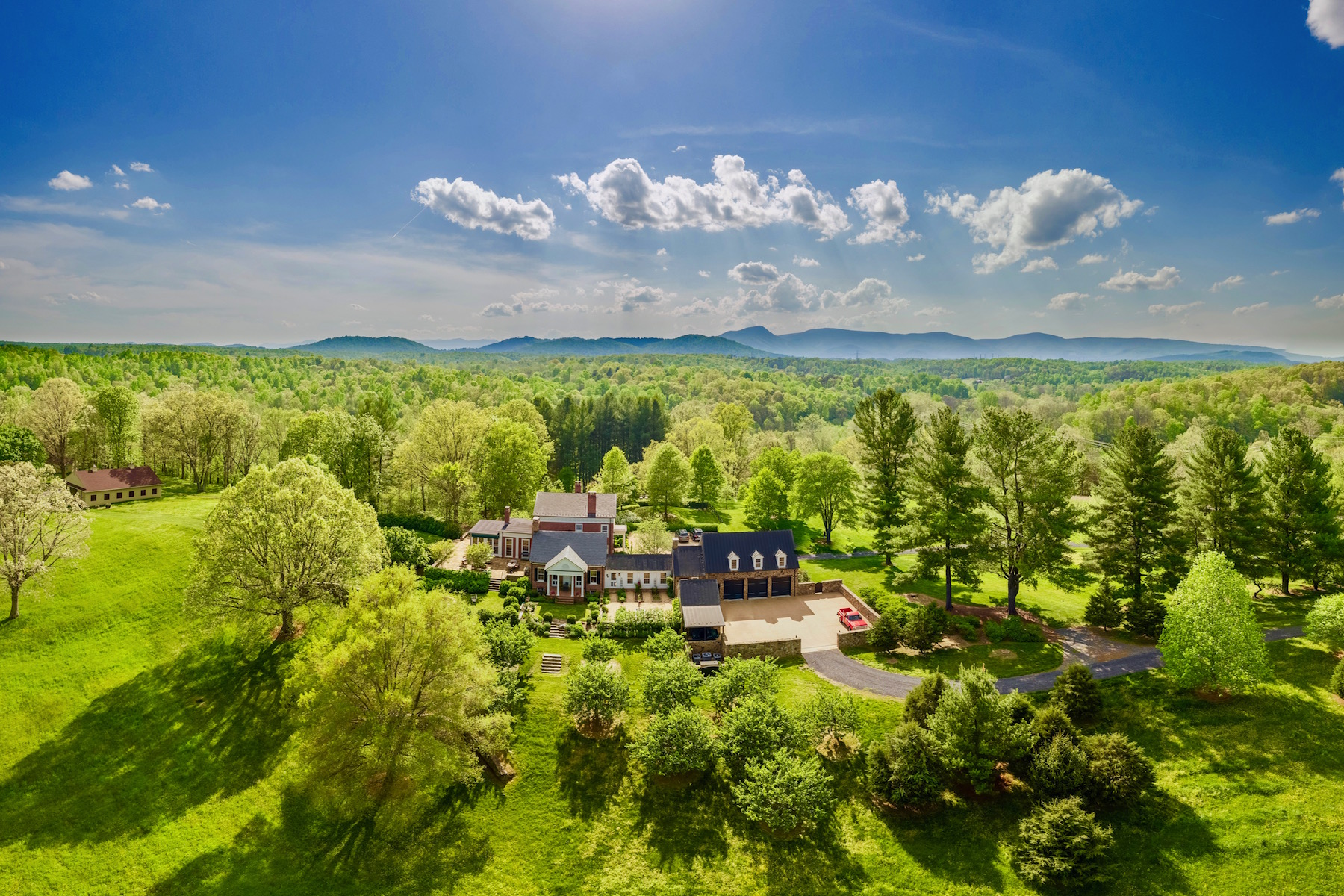 Single Family Home for Sale at Rock Ford Hume, Virginia 22639 United States