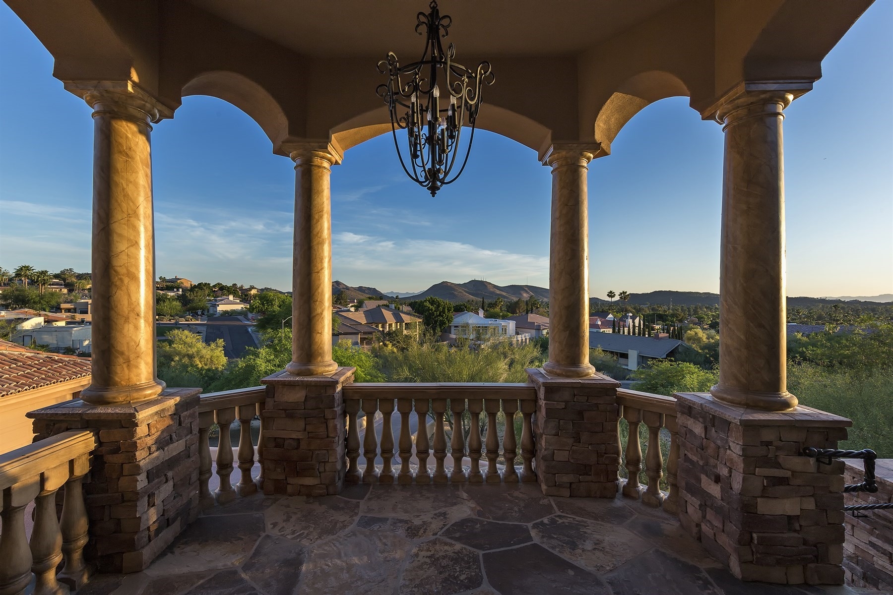 Single Family Home for Sale at Beautiful home with breathtaking views 1022 E Beck Ln Phoenix, Arizona, 85022 United States