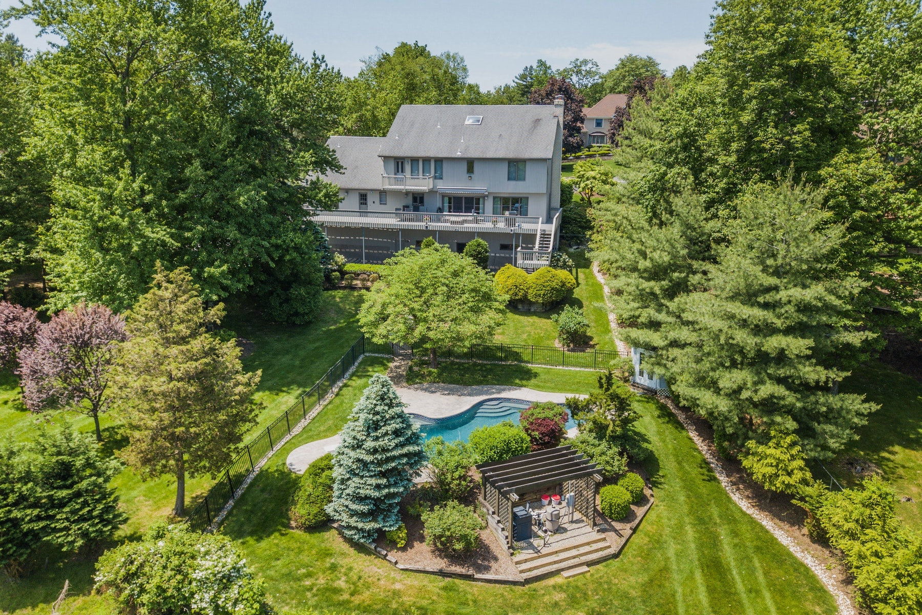 Single Family Homes for Sale at 72 Windsor Drive Montville, New Jersey 07045 United States