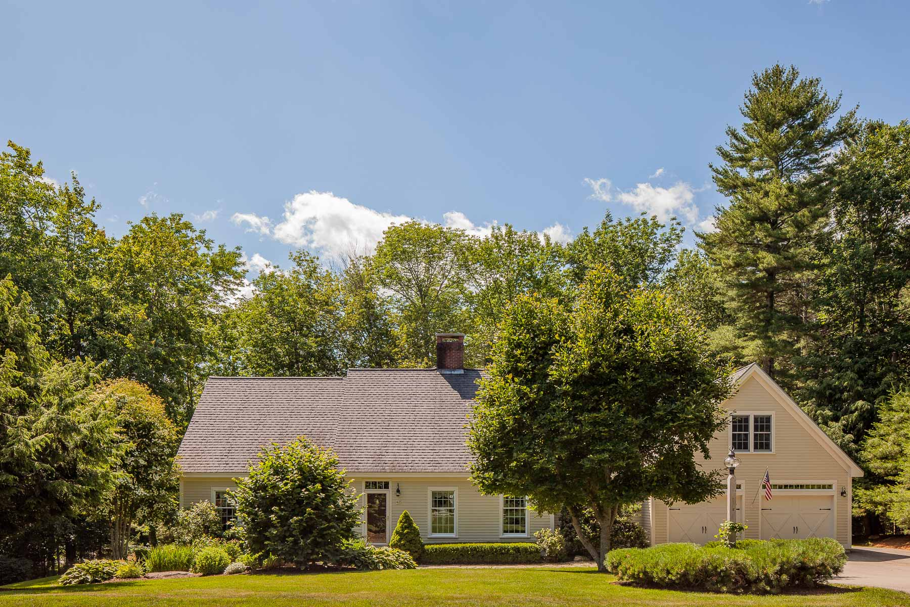 Single Family Home for Sale at 42 Stonehurst Drive Camden, Maine, 04843 United States