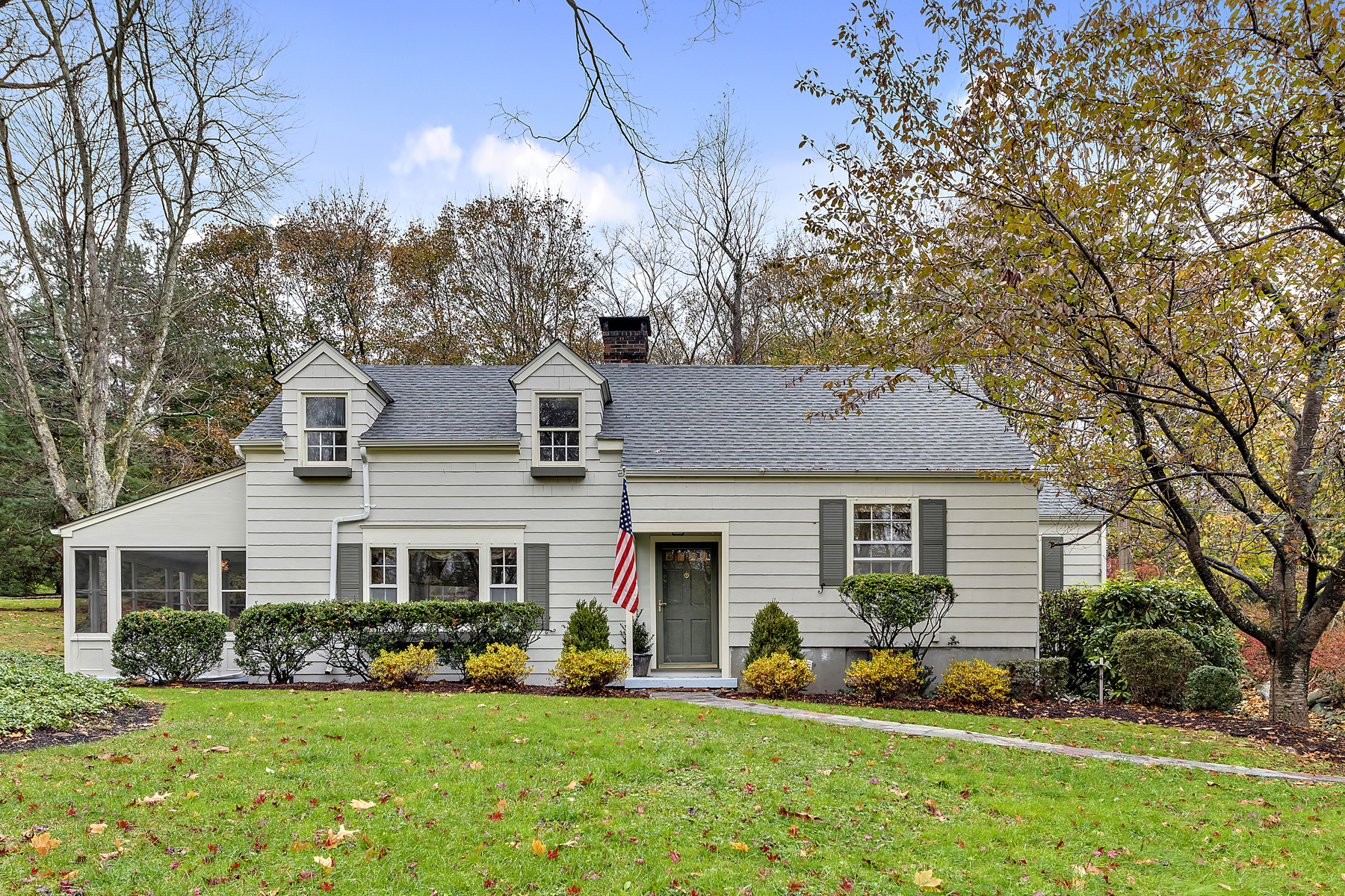 Single Family Homes for Sale at Katonah Gem 181 Valley Road Katonah, New York 10536 United States