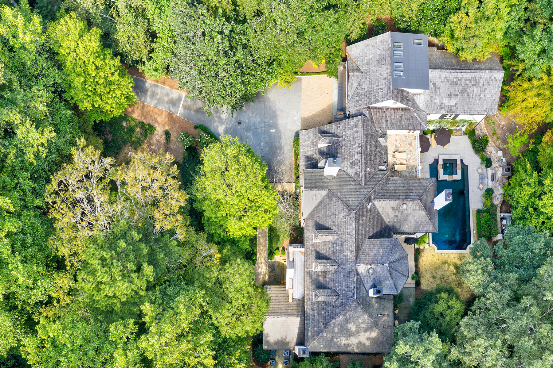 Single Family Homes for Sale at Handsome, Gracious and Elegant Buckhead Home 4359 Whitewater Creek Road NW Atlanta, Georgia 30327 United States