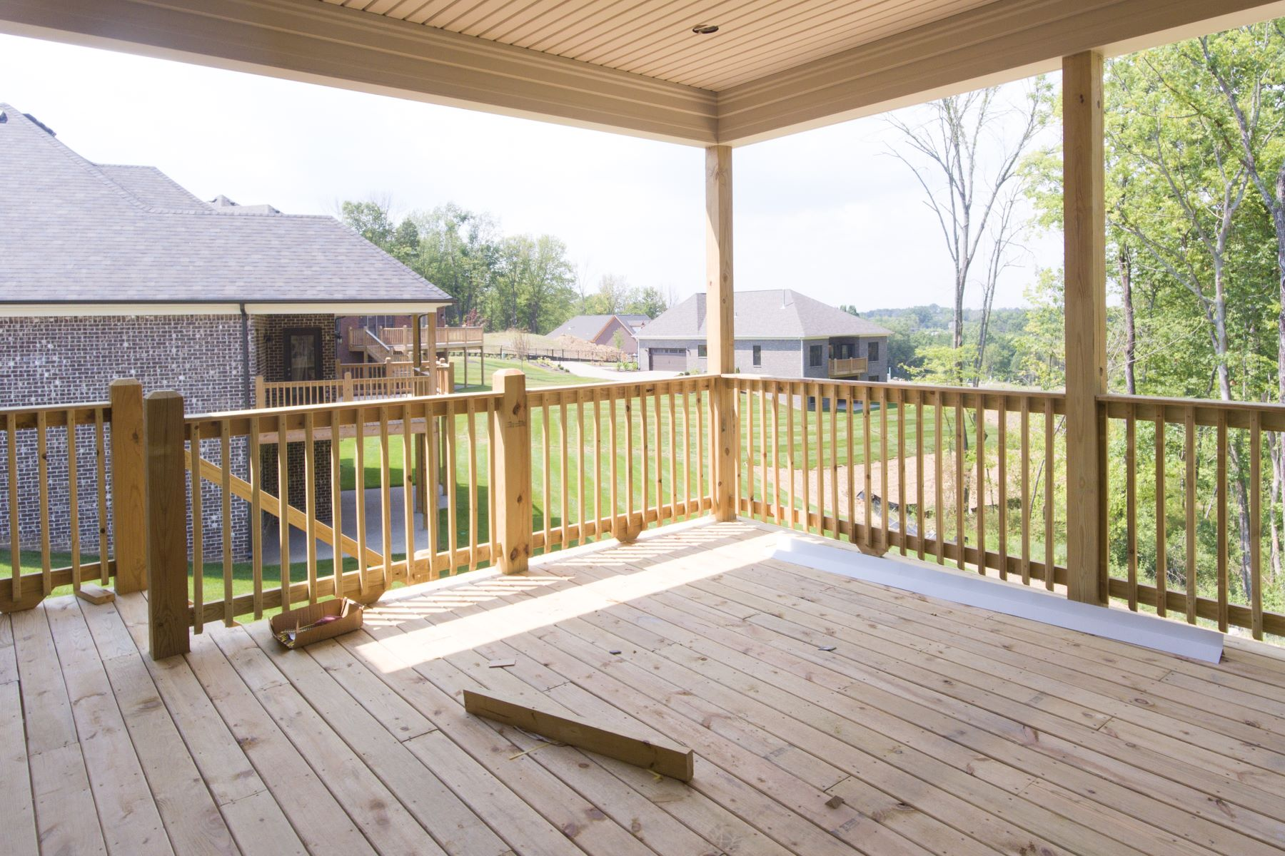 Additional photo for property listing at 17405 Shakes Creek Drive  Fisherville, Kentucky 40023 United States