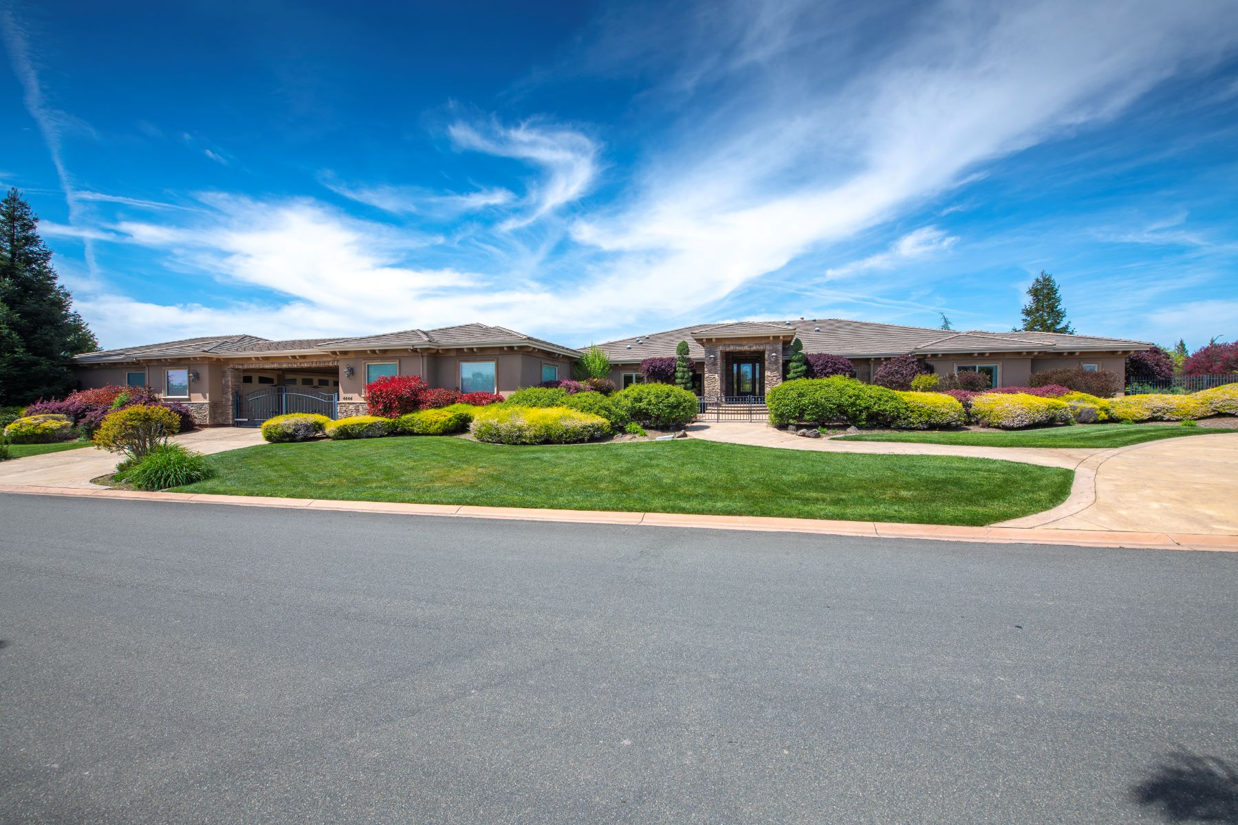 Single Family Home for Active at 4646 King Ranch Pl,Granite Bay, CA 95746 4646 King Ranch Pl Granite Bay, California 95746 United States
