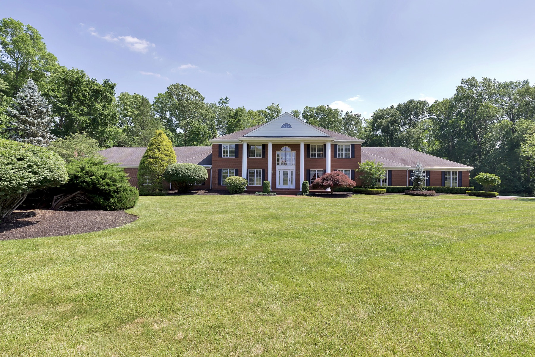 Single Family Home for Sale at 31 Paddock Lane Colts Neck, New Jersey 07722 United States