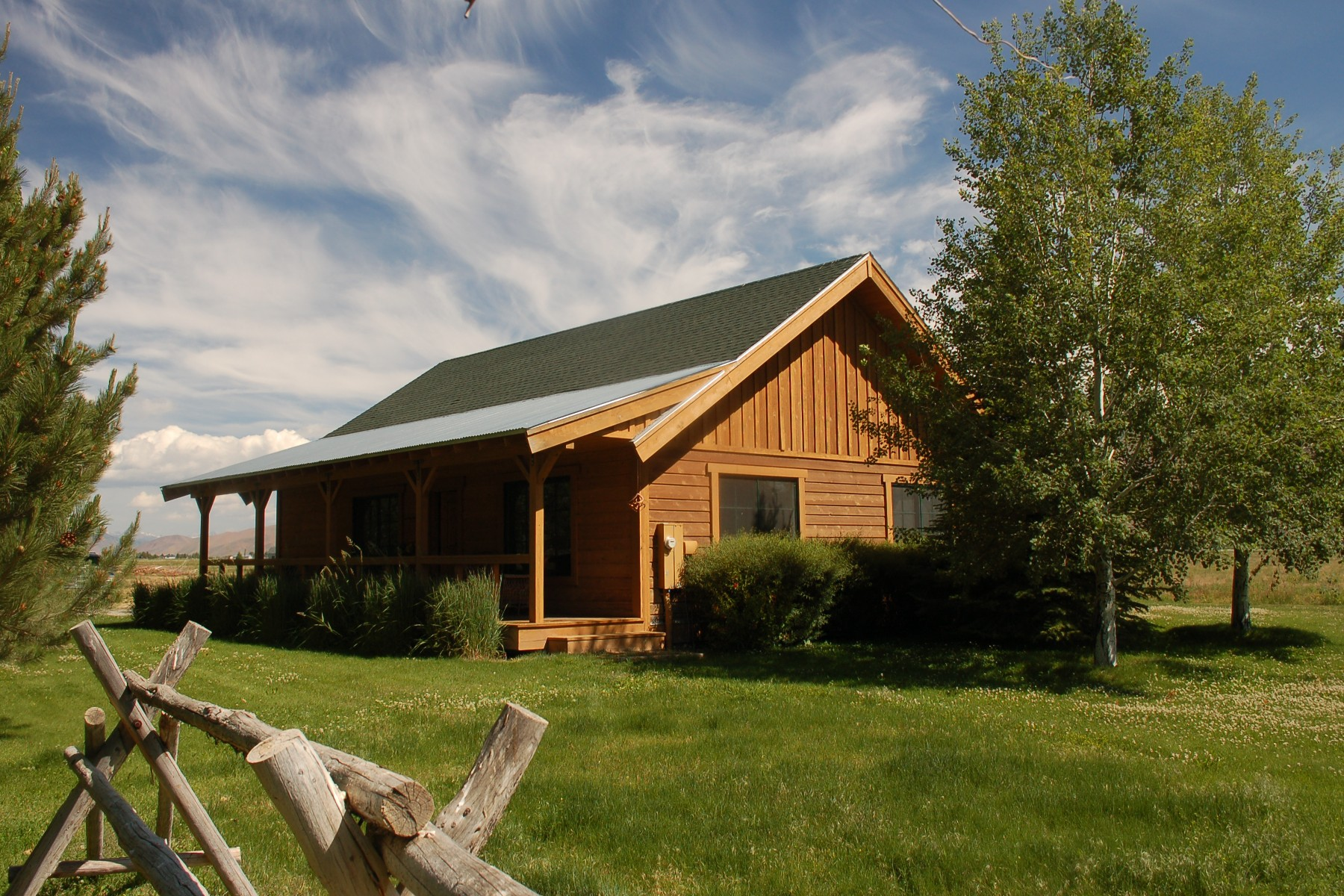 Additional photo for property listing at The Perfect Log Home 85 Browning Lane Bellevue, Idaho 83313 États-Unis