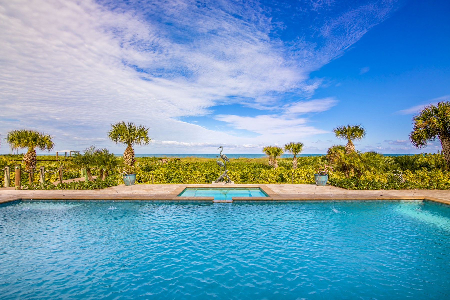 Additional photo for property listing at Stunning Oceanfront Estate 1240 Olde Doubloon Drive Vero Beach, Florida 32963 United States